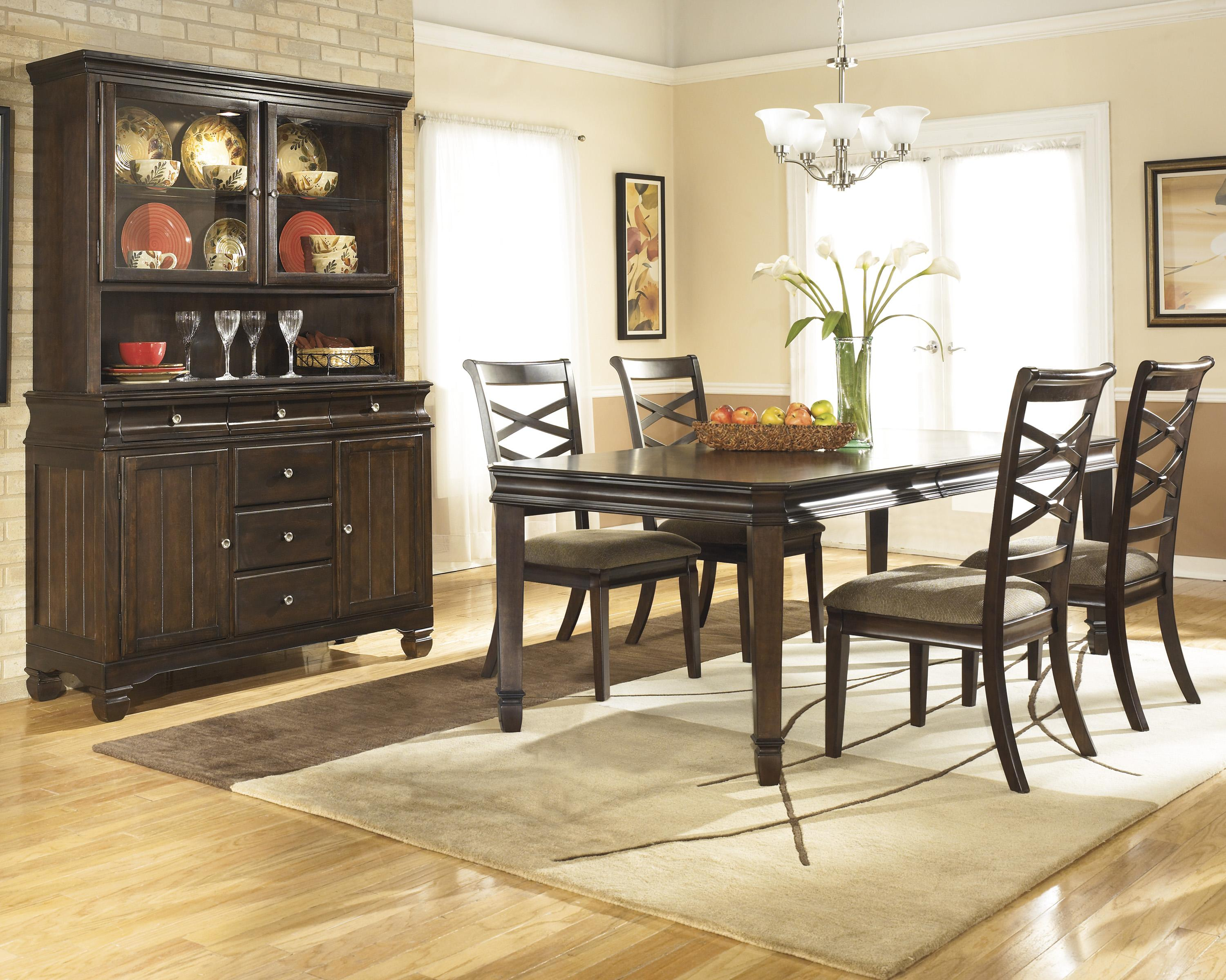 Ashley Furniture Hayley Casual Dining Room Group - Item Number: D480 Dining Room Group 1
