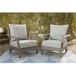 Pair of Outdoor Lounge Chairs