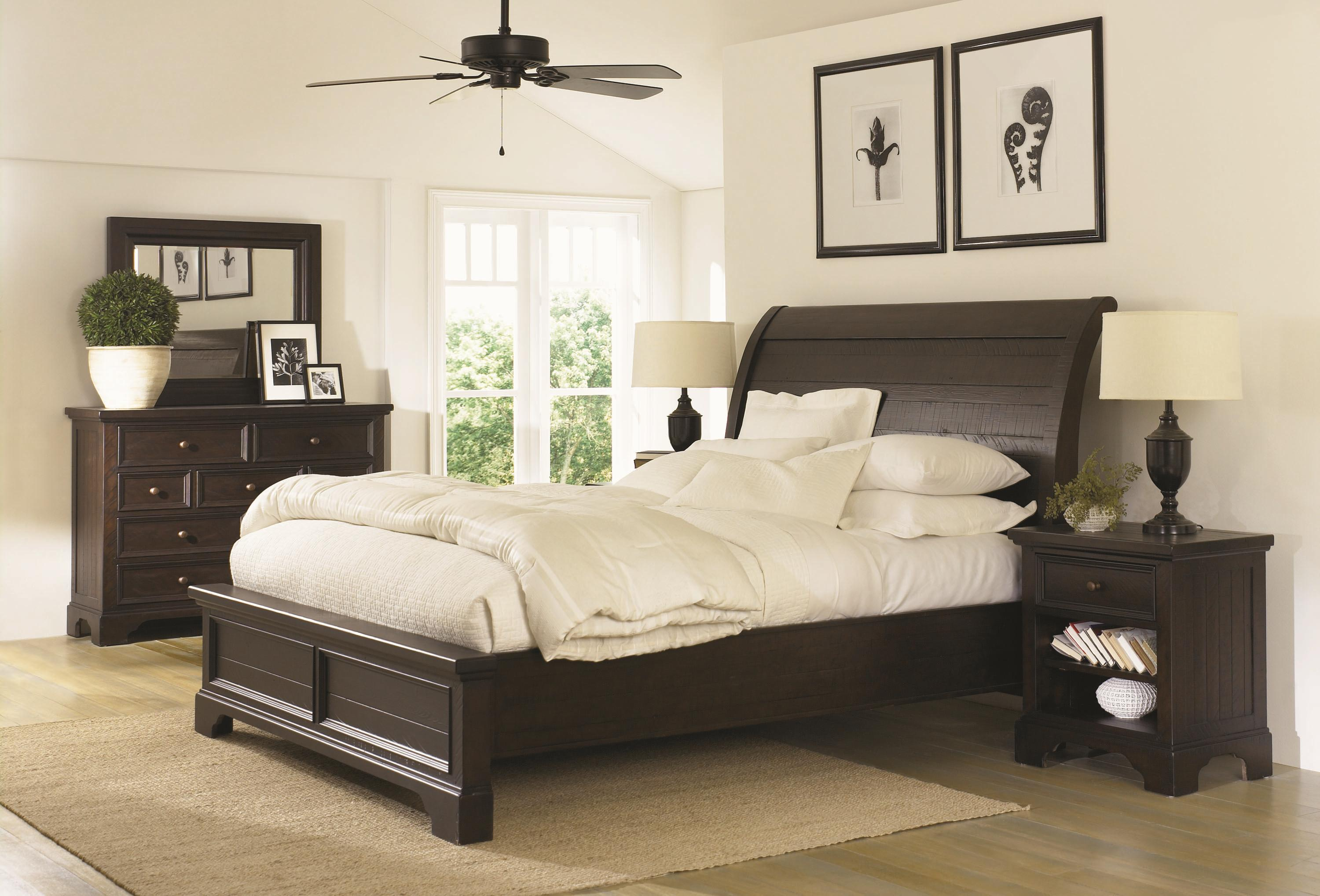 Aspenhome Bayfield Queen Sleigh Bed With Adjustable Bed Slats Ahfa Sleigh Beds