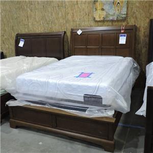 Aspenhome     Queen Sleigh Bed