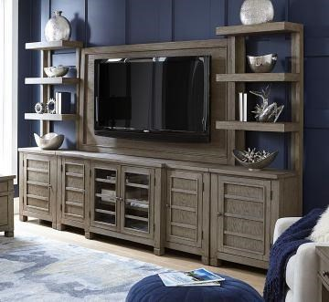 Tolsted Entertainment Center