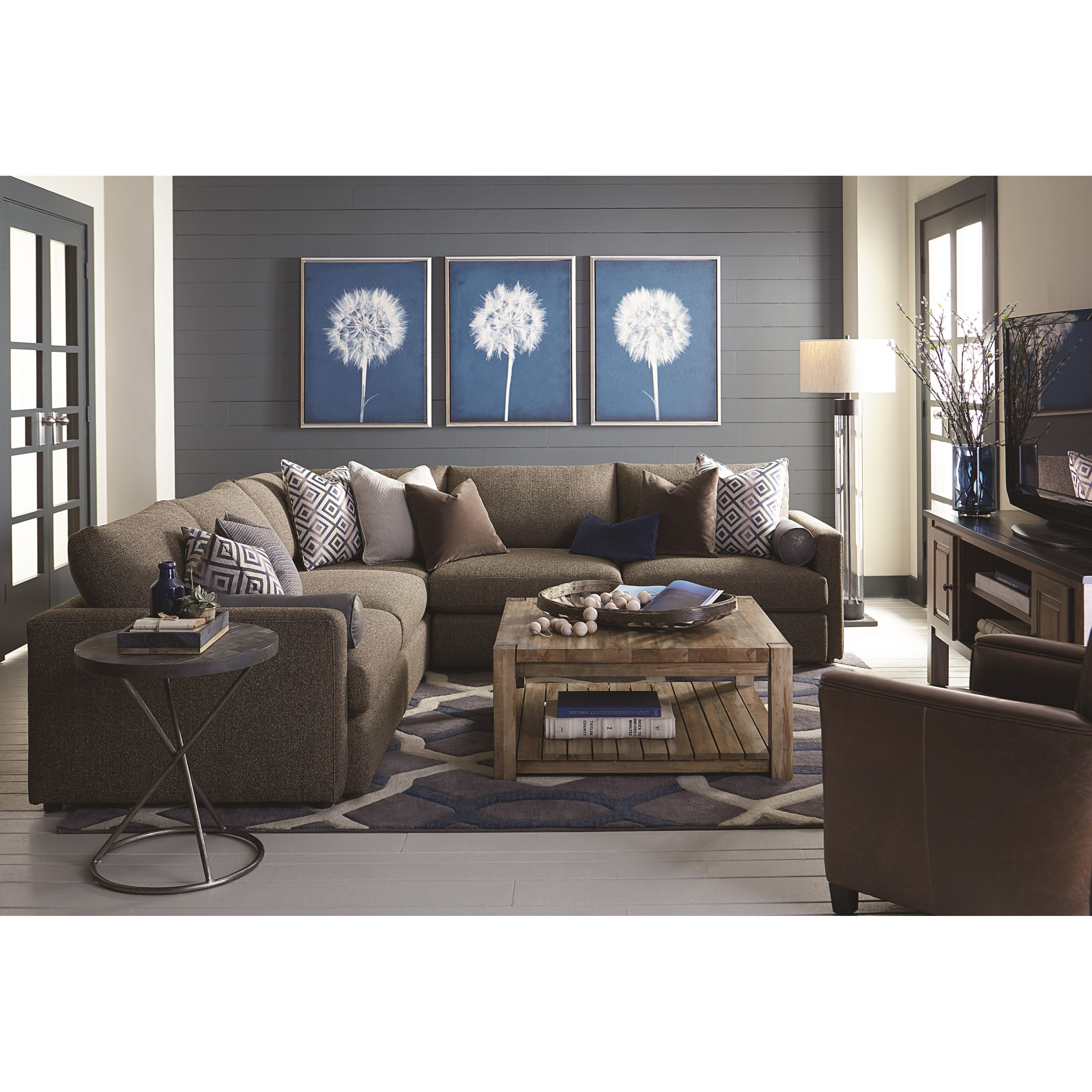 Bassett Home Furnishings: Bassett Allure Contemporary Sectional With 4 Seats