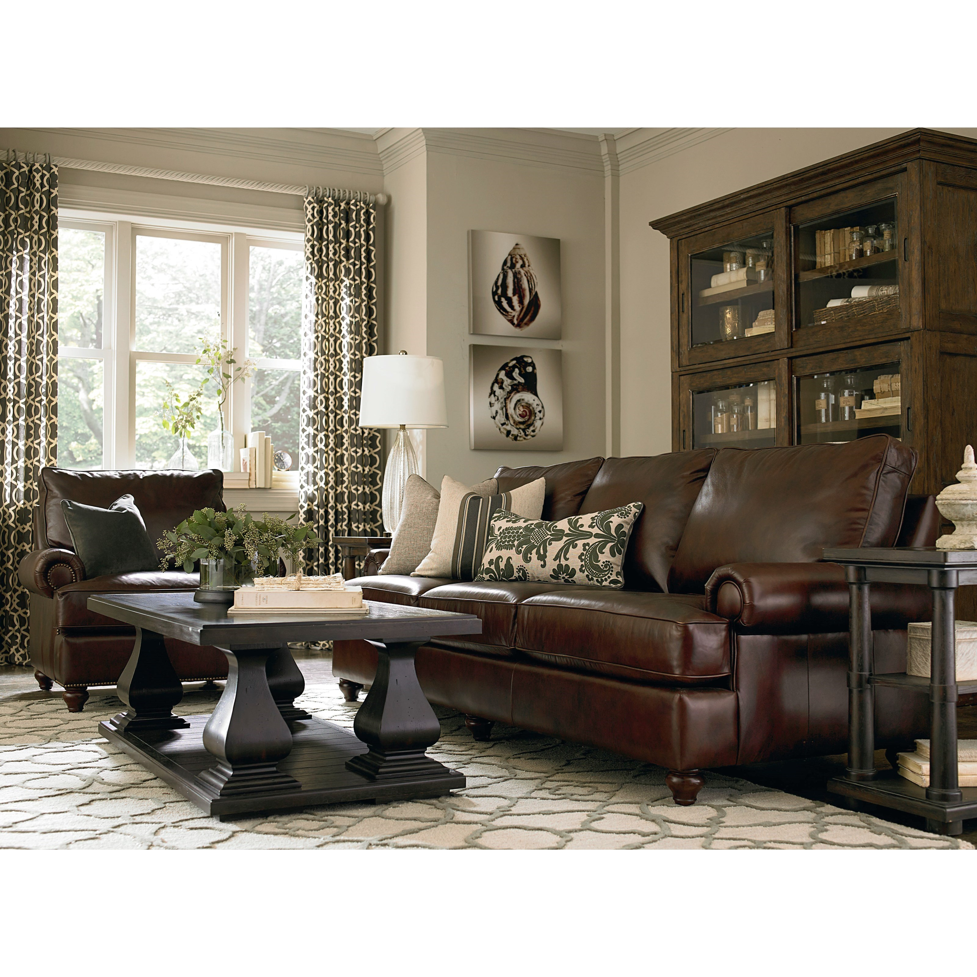 Bassett Montague 3103-82L Casual Sofa With Rolled Arms