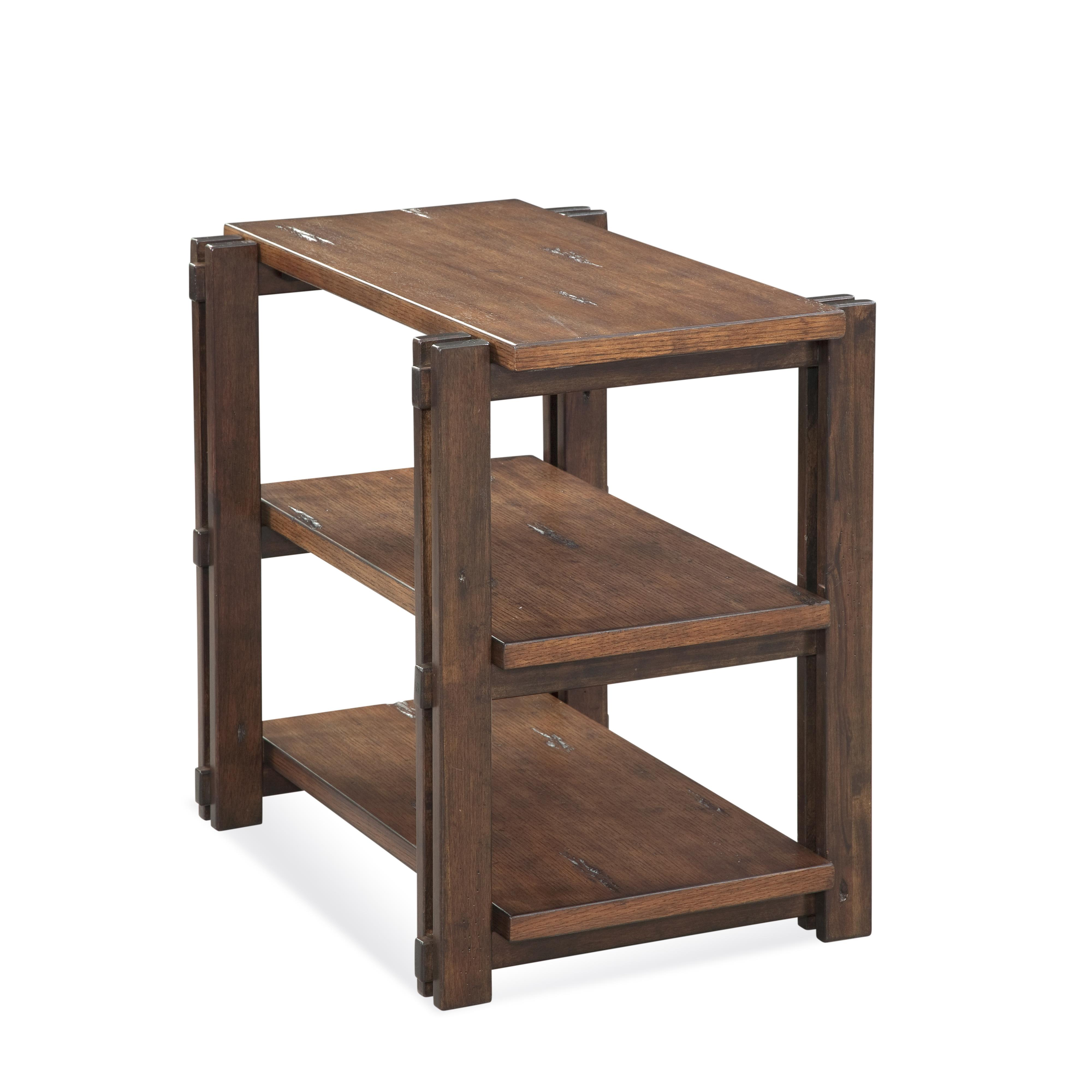 Holbrook Chairside Table