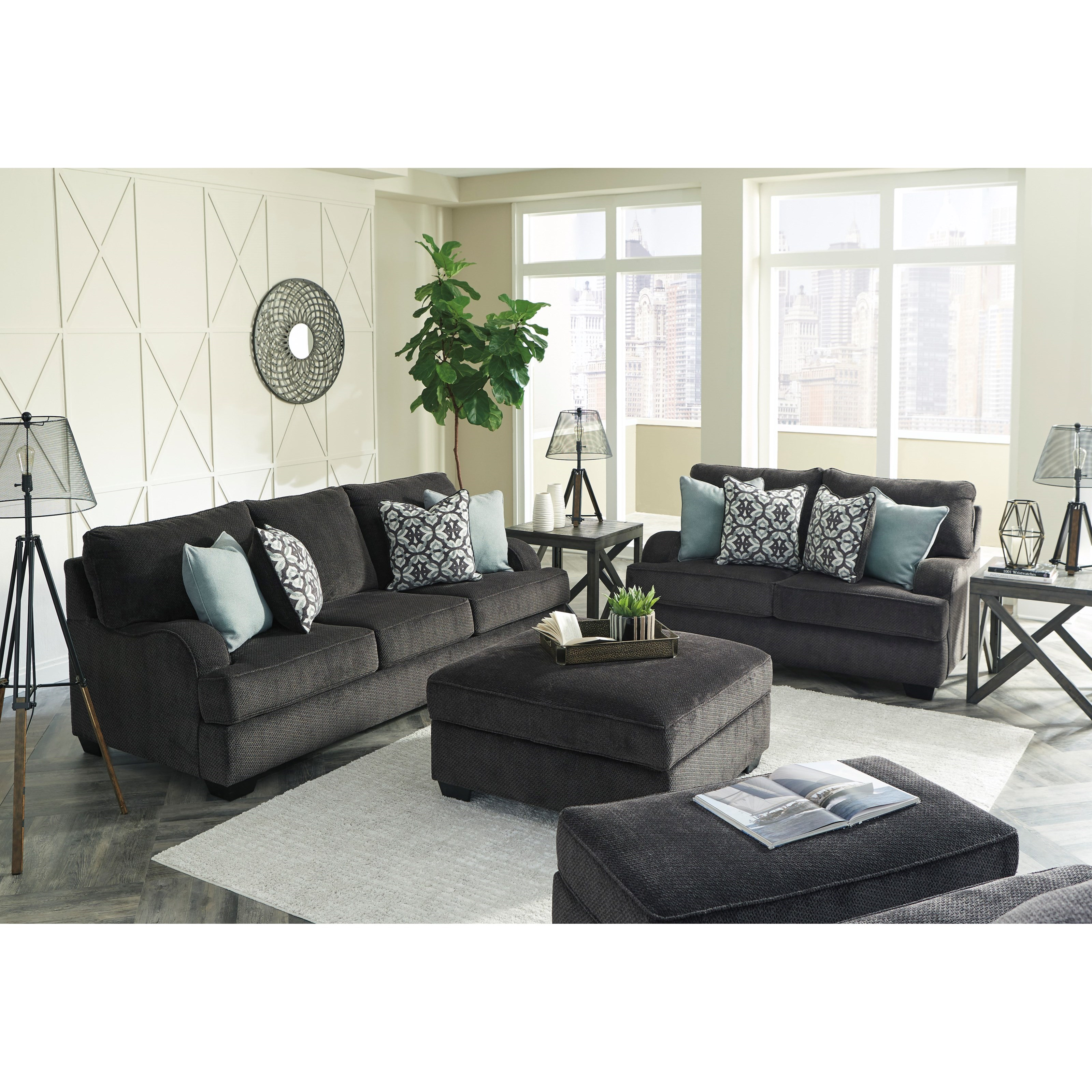 Benchcraft Charenton Queen Sofa Sleeper With English Arms