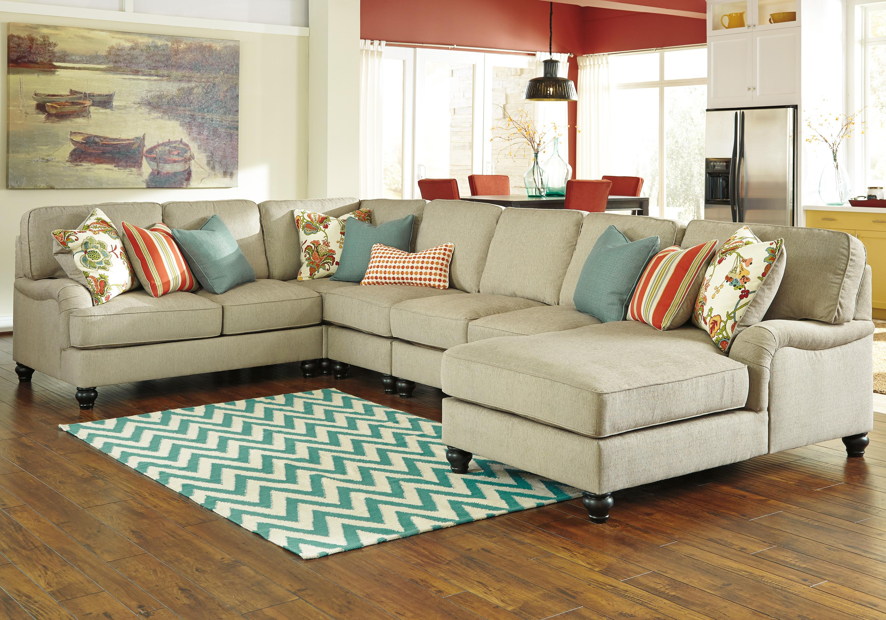 Ashley/Benchcraft Kerridon 5-Piece Sectional with Right Chaise - Item Number: 2630055+46+77+34+17