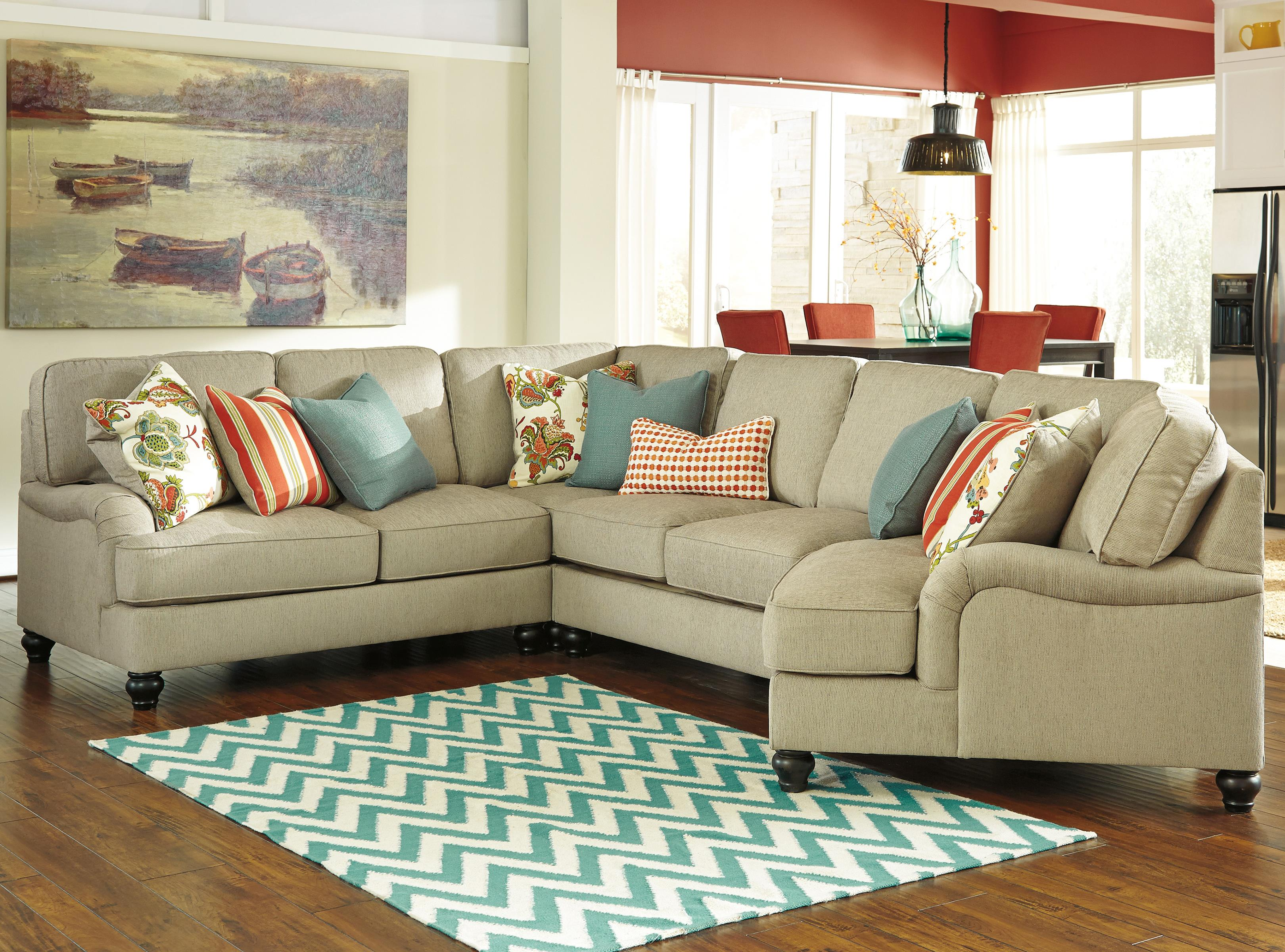 Benchcraft Kerridon 4-Piece Sectional with Right Cuddler - Item Number: 2630055+77+34+75