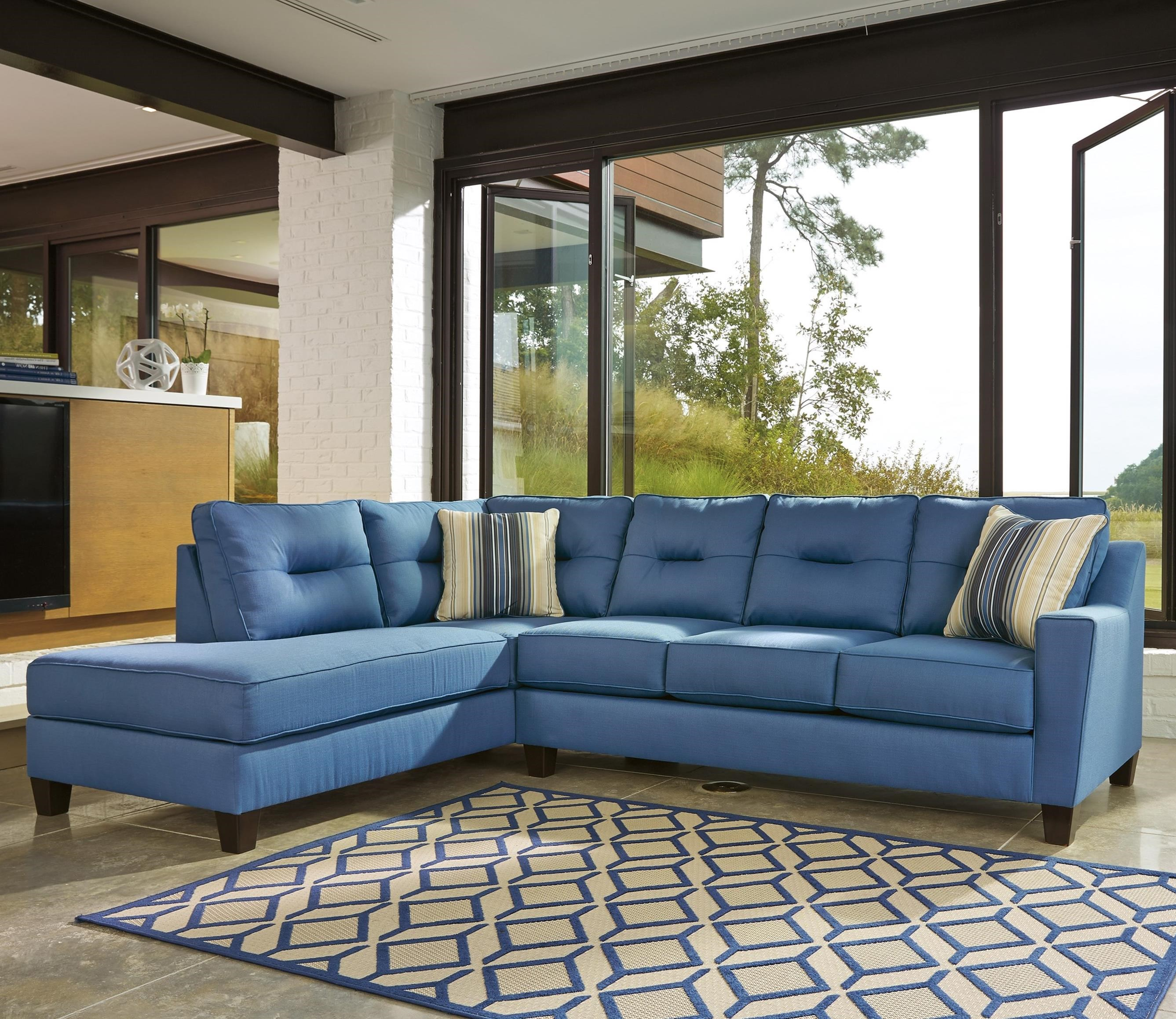 Benchcraft Kirwin Nuvella Sectional with Chaise - Item Number: 9960316+67