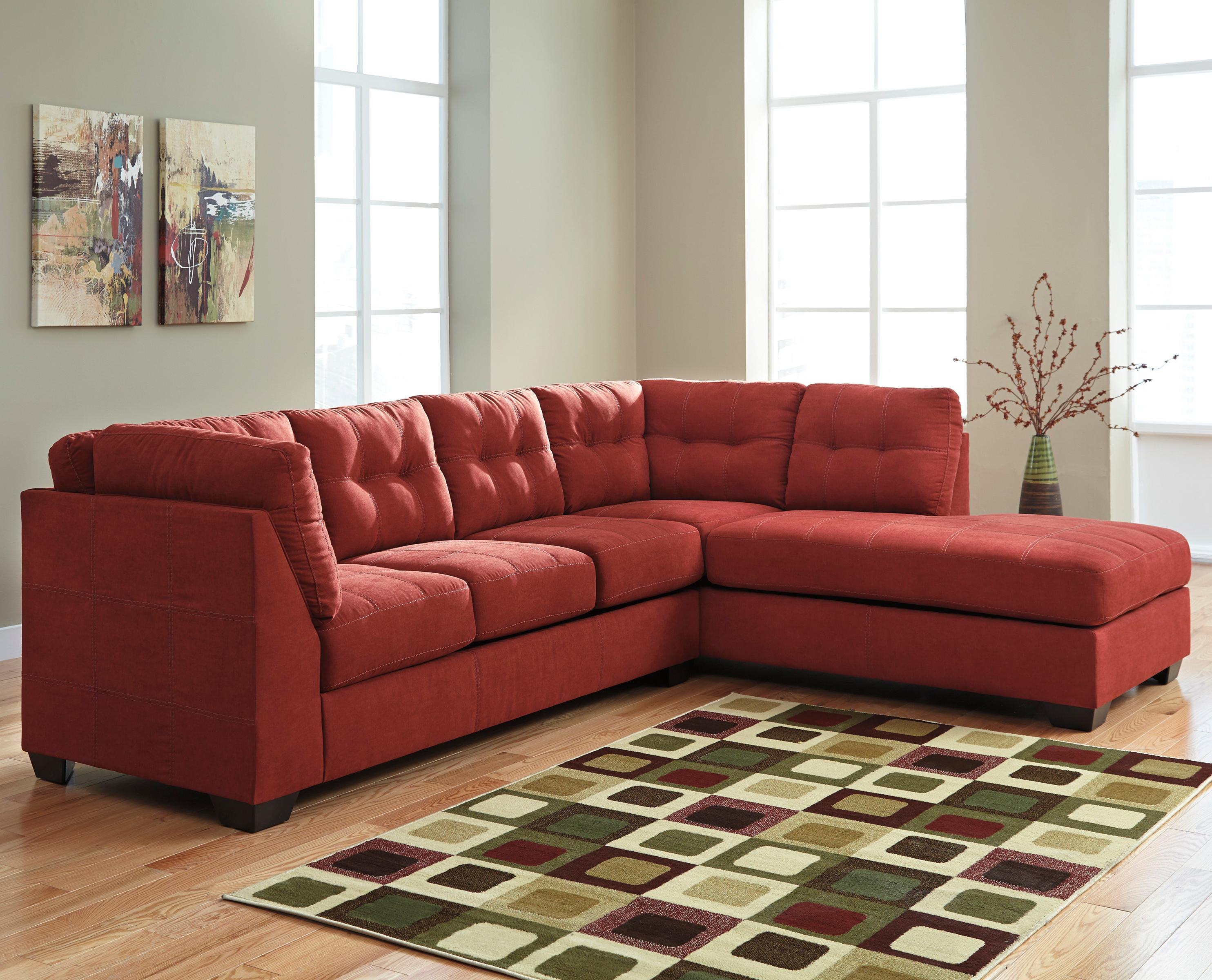 Benchcraft Maier - Sienna 2-Piece Sectional w/ Sleeper Sofa & Chaise - Item Number: 4520210+17
