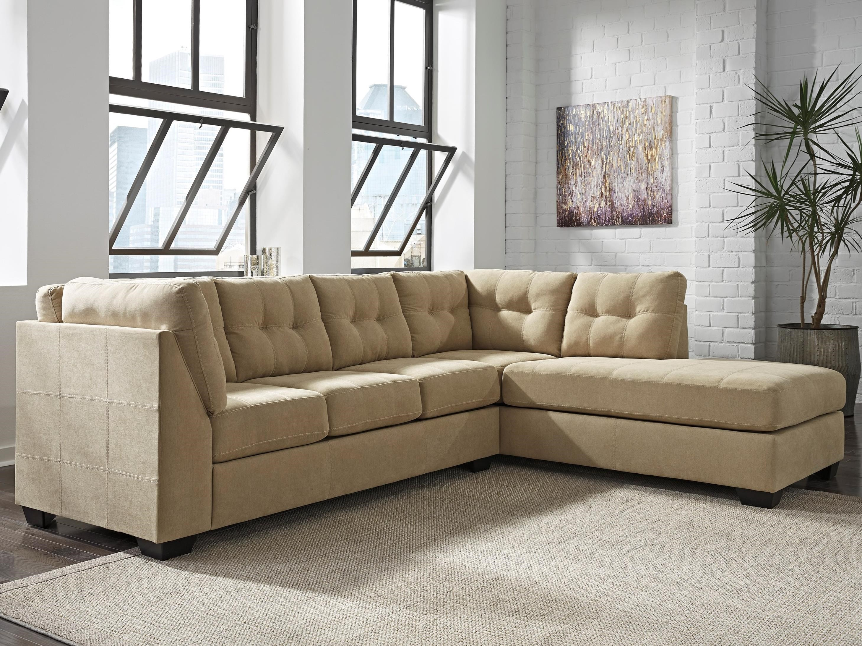 benchcraft maier cocoa 2piece sectional with right chaise item number