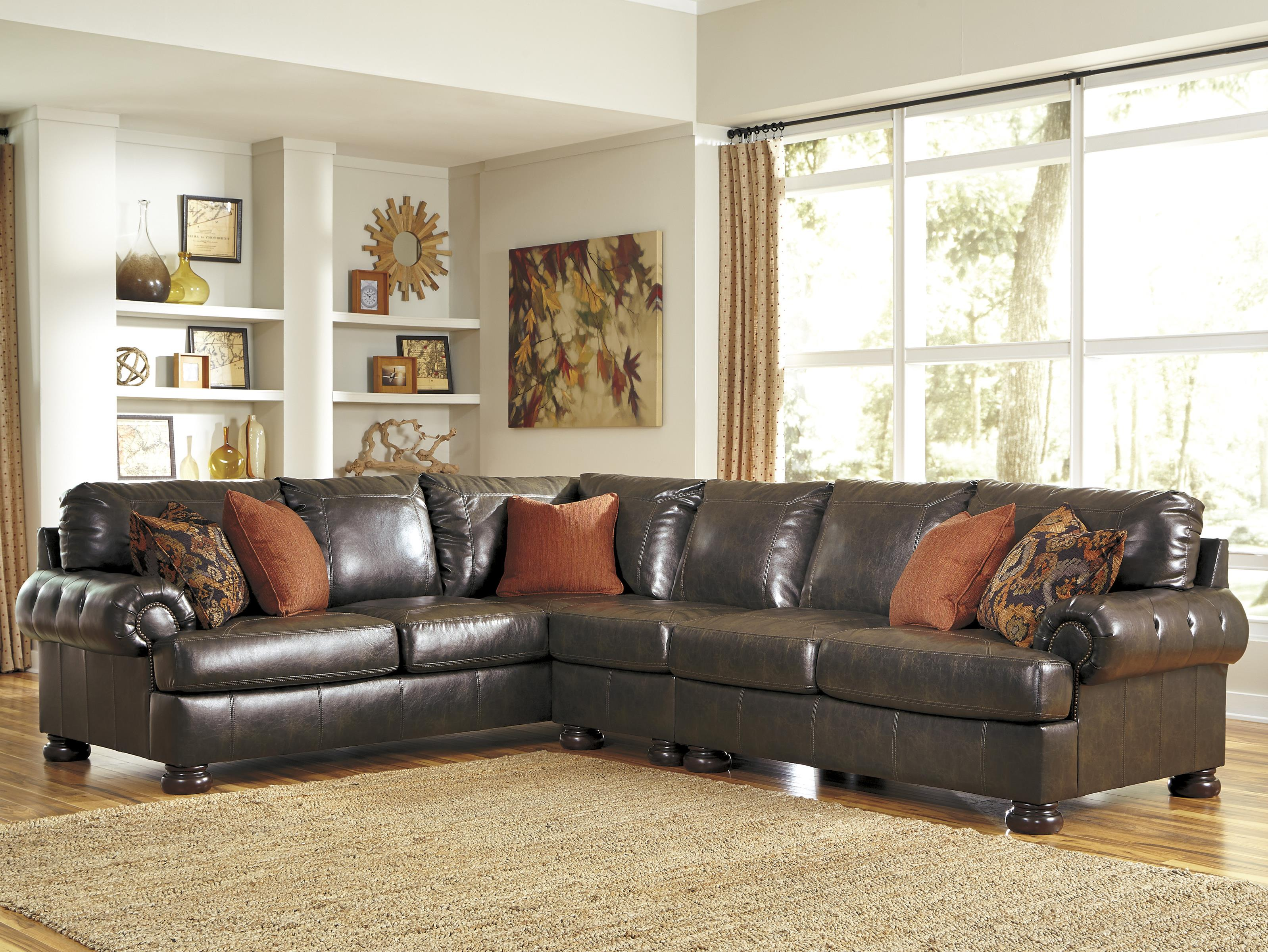 Benchcraft Nesbit DuraBlend® 3-Piece Sectional - Item Number: 3160066+46+56