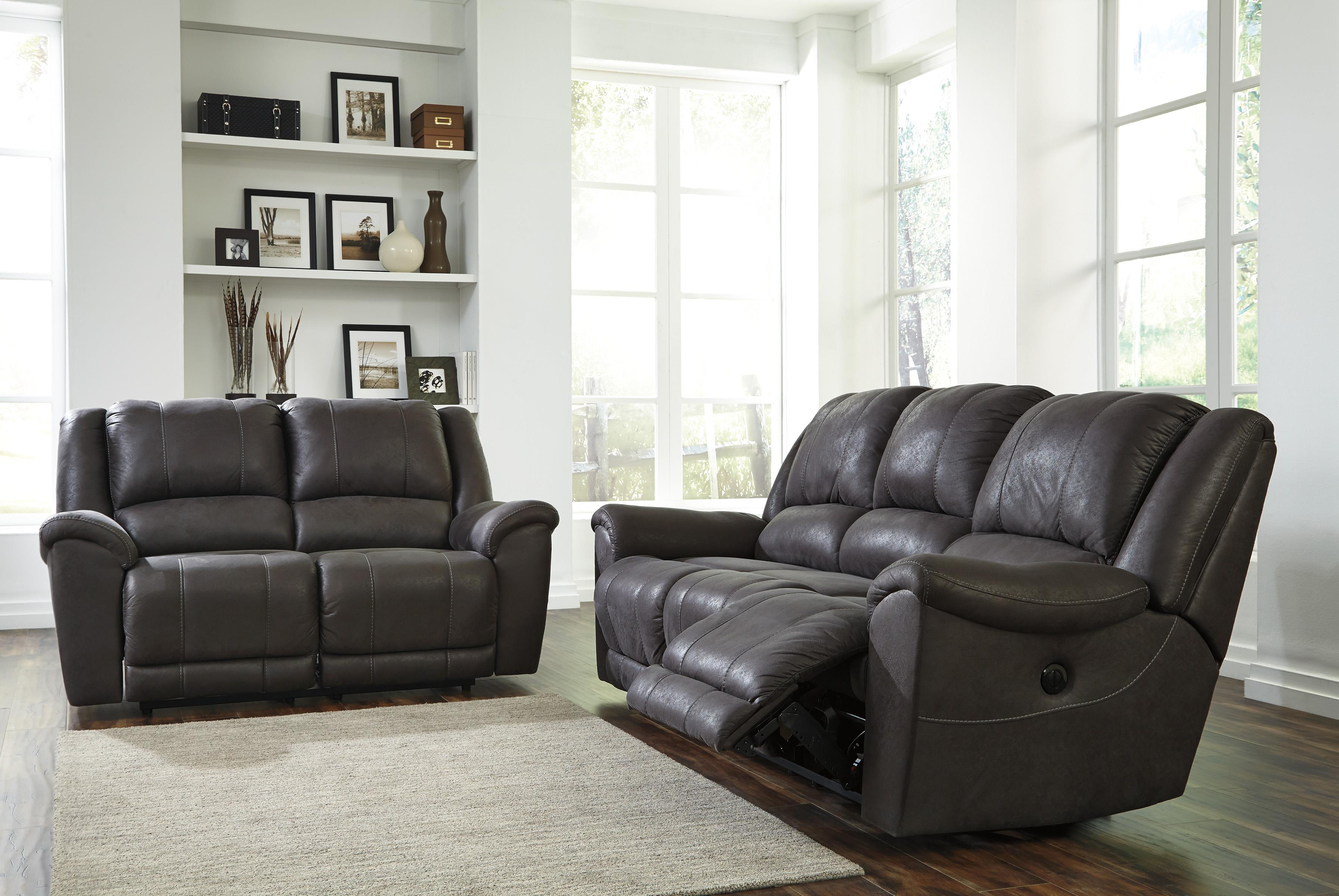 Benchcraft Niarobi Reclining Living Room Group - Item Number: 40600 Living Room Group 1