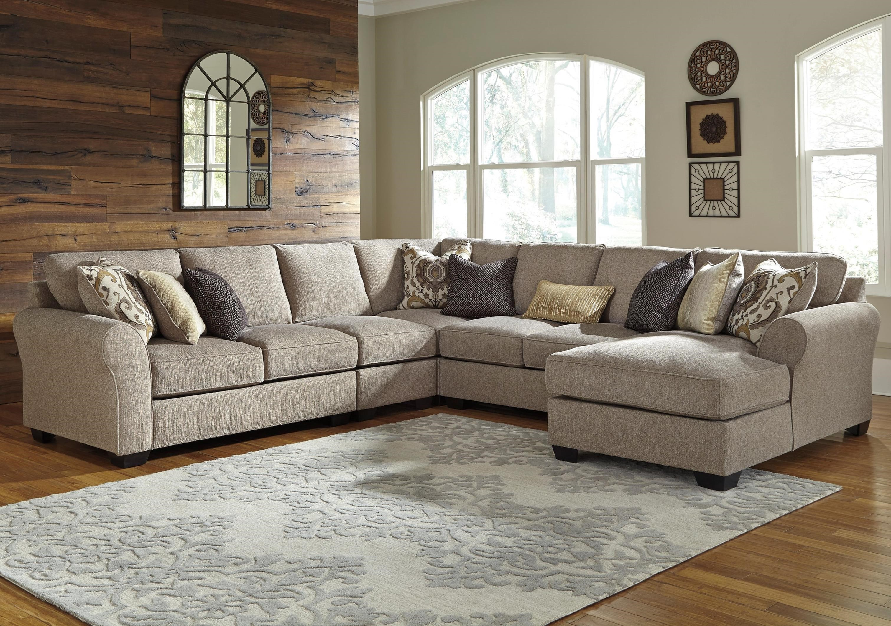Benchcraft Pantomine 5-Piece Sectional with Right Chaise - Item Number: 3910255+46+77+34+17