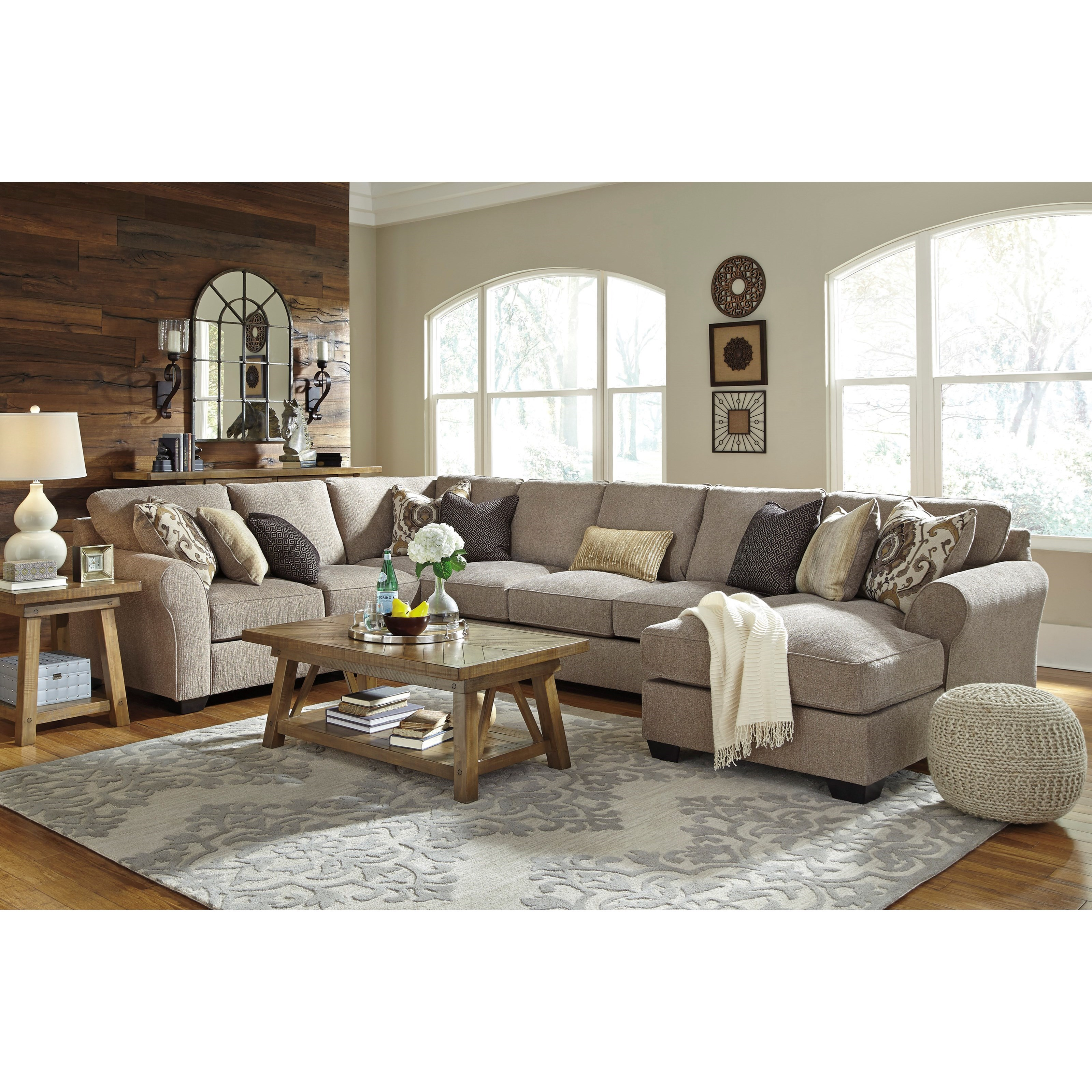 Benchcraft pantomine 4 piece sectional with right chaise for Benchcraft chaise lounge