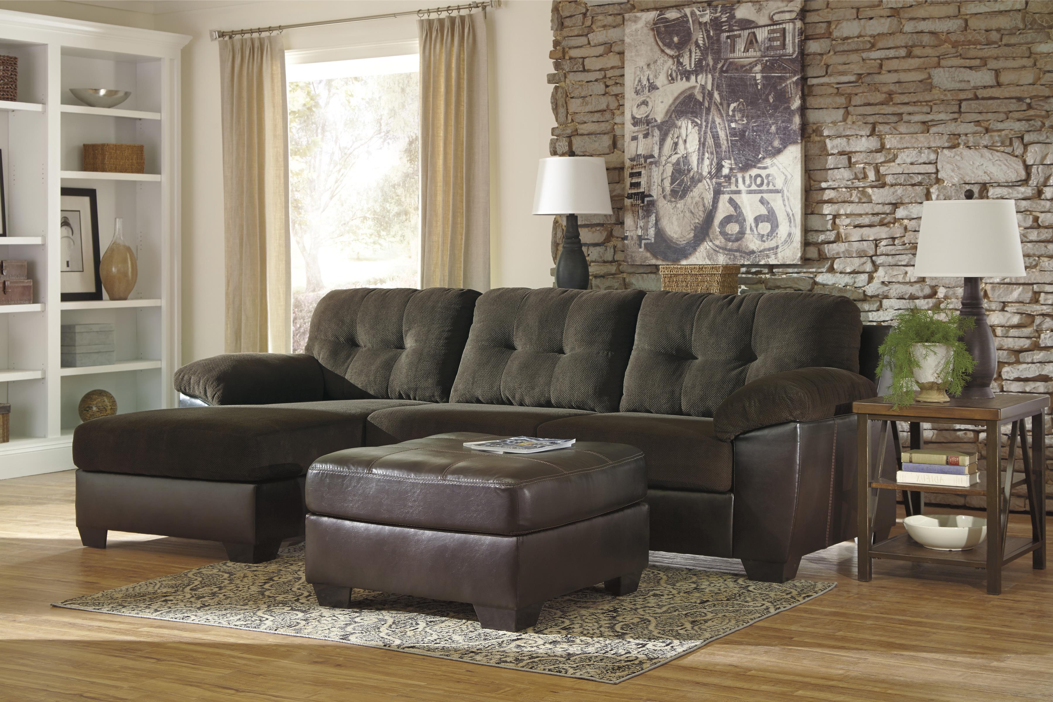 Benchcraft Vanleer Stationary Living Room Group - Item Number: 15900 Living Room Group 2