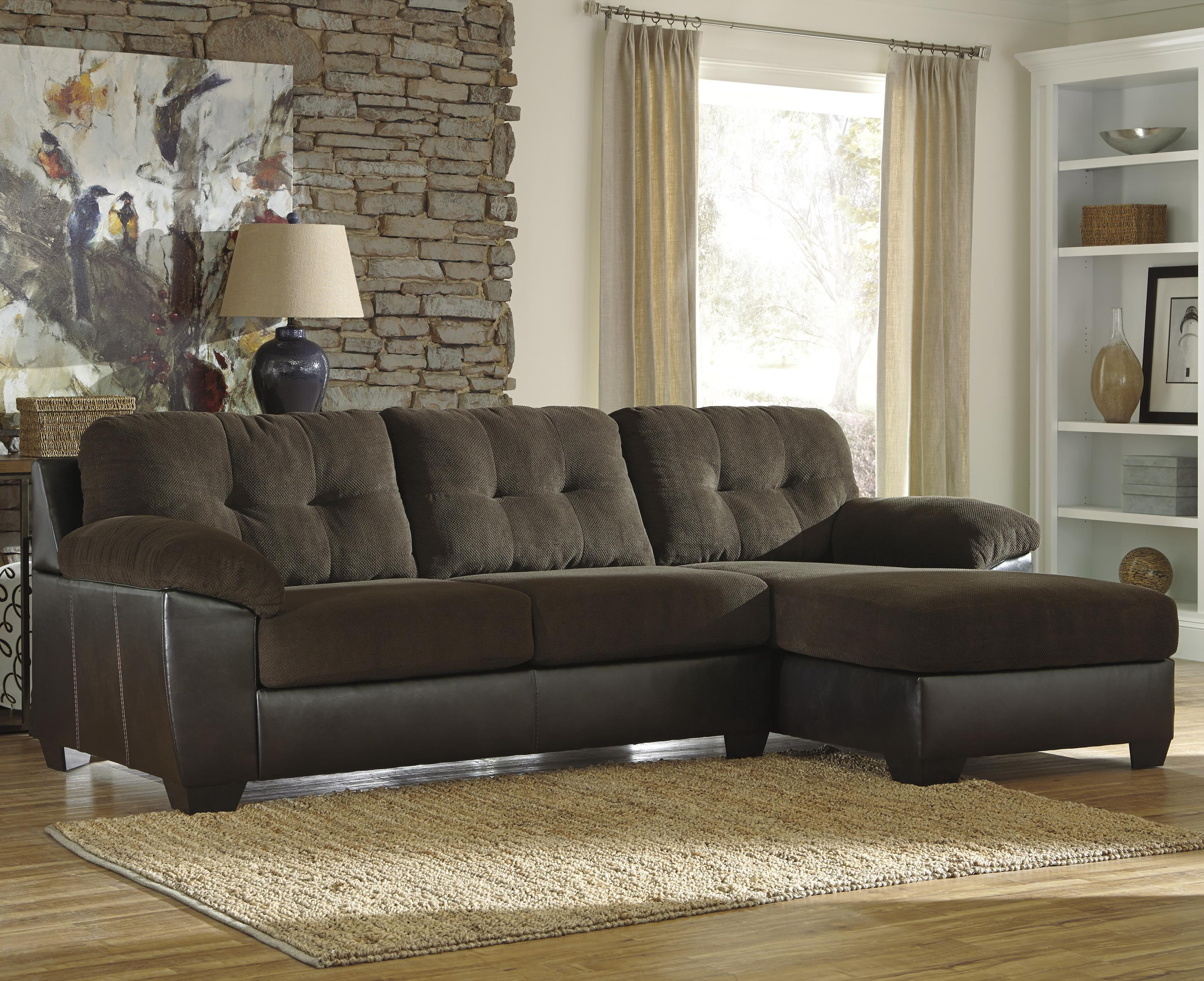 Benchcraft Vanleer 2-Piece Sectional with Right Chaise - Item Number: 1590066+17