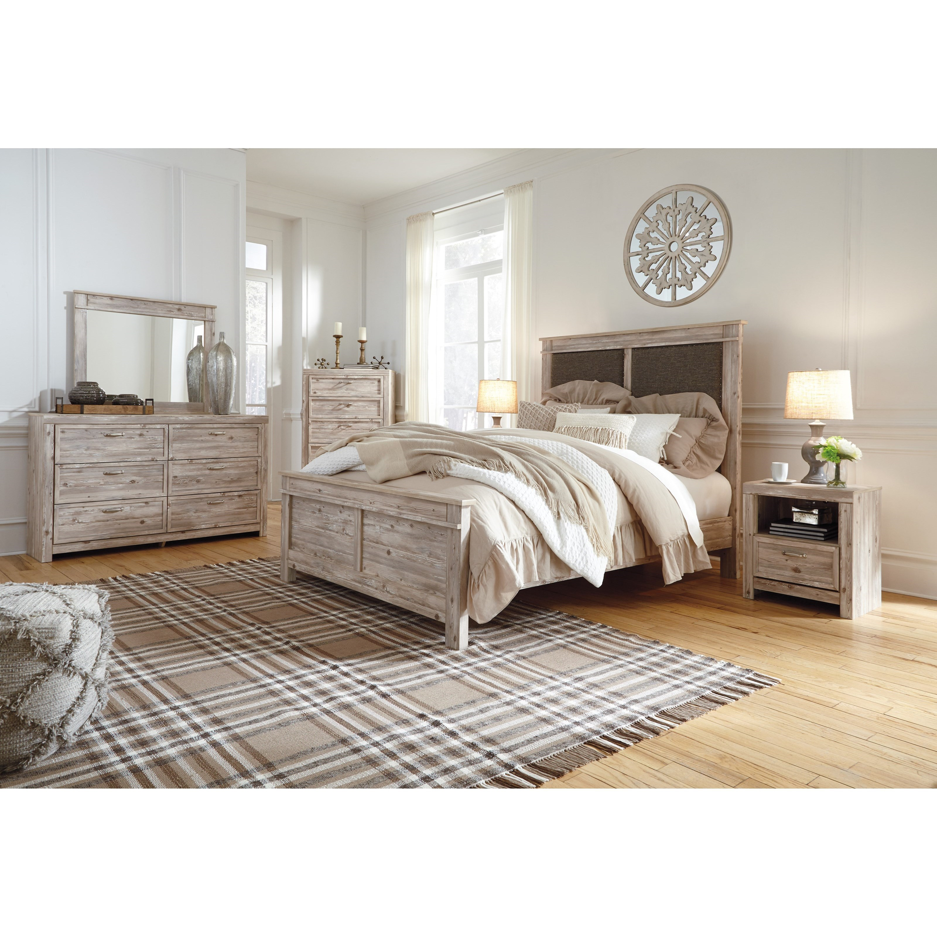 Bedroom Groups: Benchcraft By Ashley Willabry Queen Bedroom Group