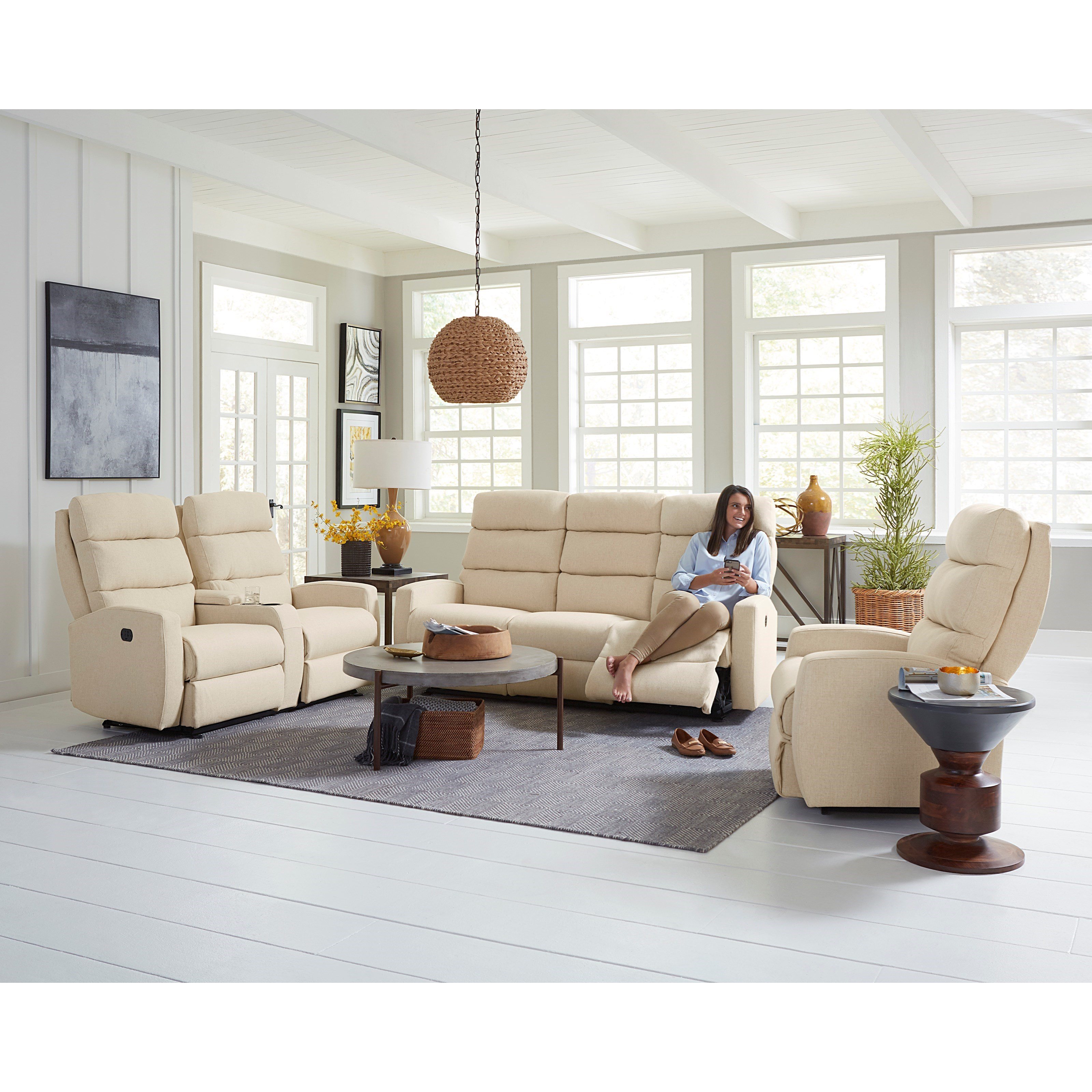 Best Home Furnishings Hillarie 80 Inch Power Reclining