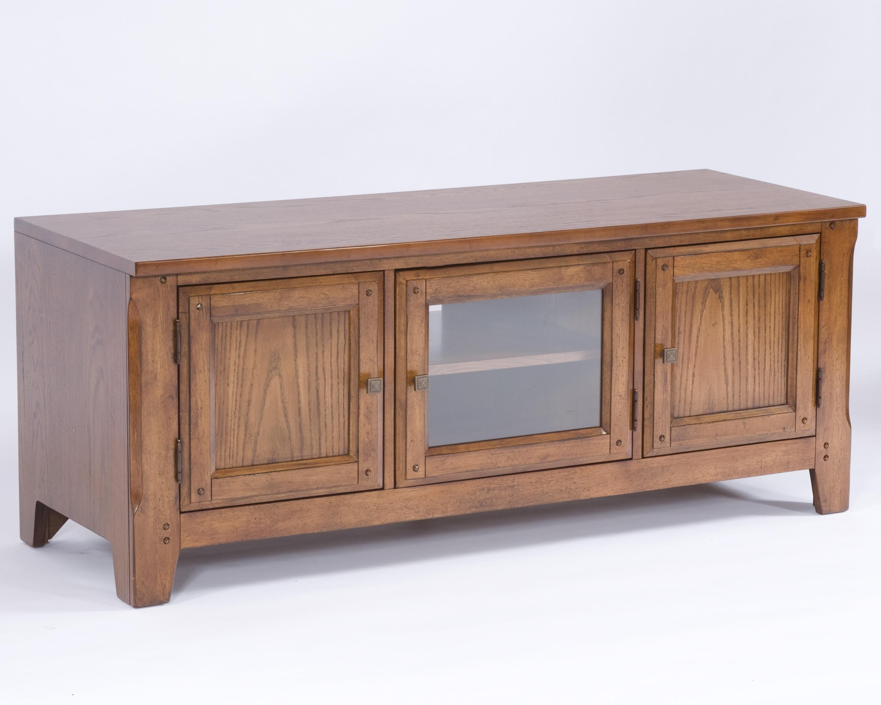 Broyhill Furniture Attic Heirlooms 60  Entertainment Console - AHFA - TV Stands Dealer Locator & Broyhill Furniture Attic Heirlooms 60