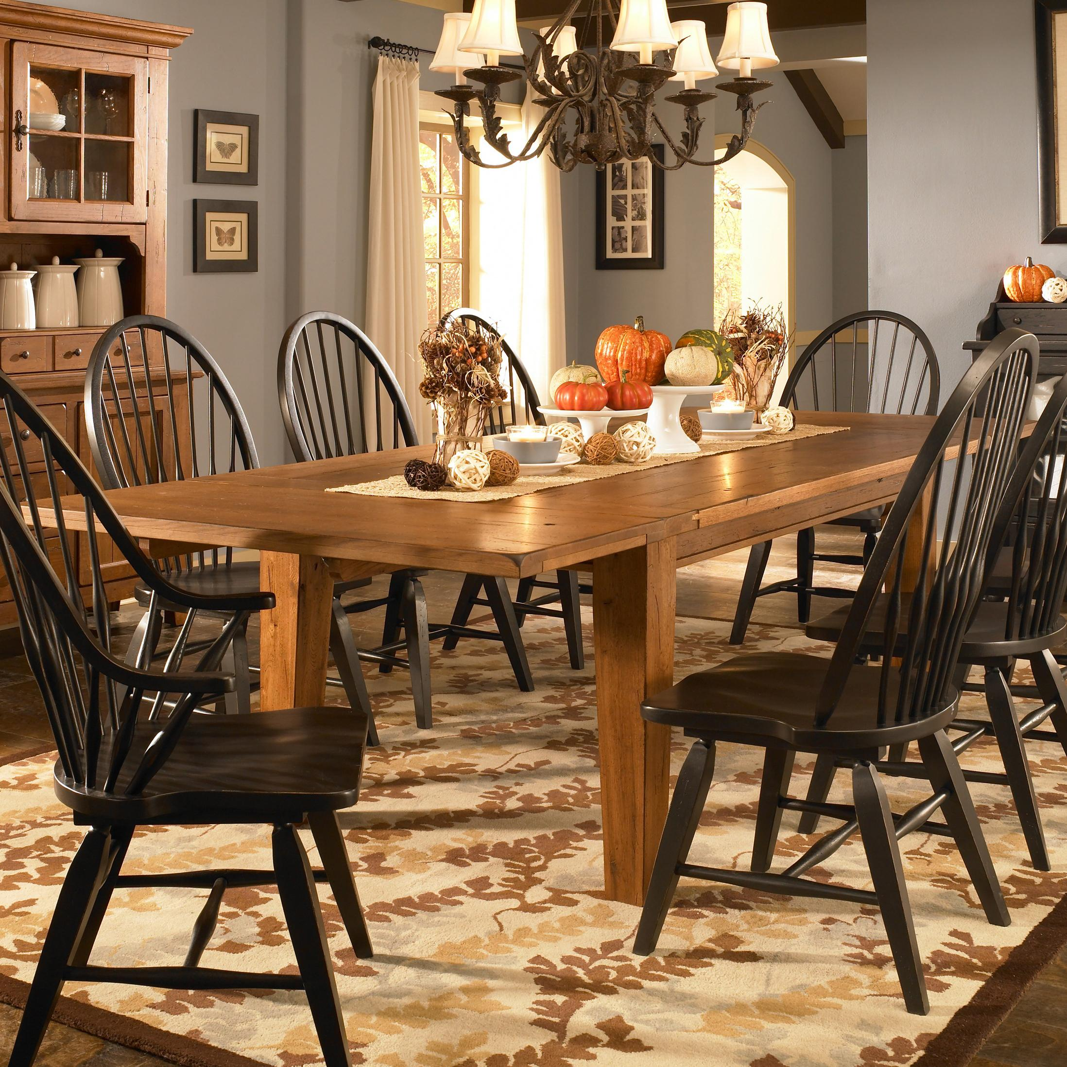 Attic Heirlooms Dining Table And 6 Chairs By Broyhill Furniture At Lindy S Company