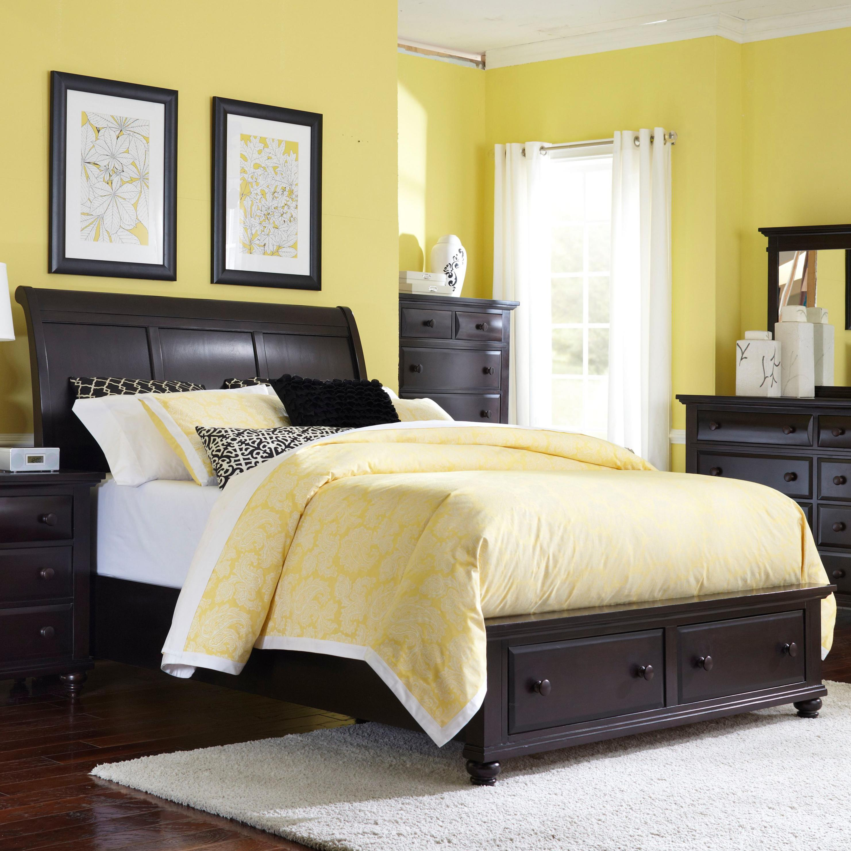 Broyhill Furniture Farnsworth King Sleigh Bed With Storage   Item Number:  4856 264+