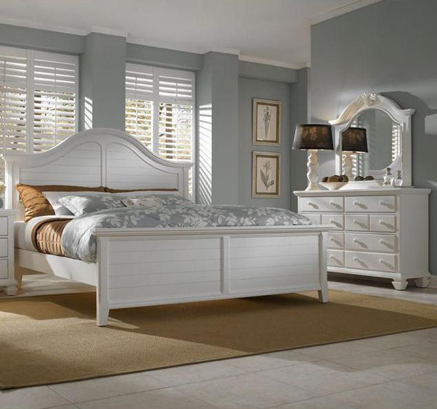 Broyhill Furniture Mirren Harbor 5 Piece Queen Bedroom Collection - Item Number: 4024-230+252+253+450+236
