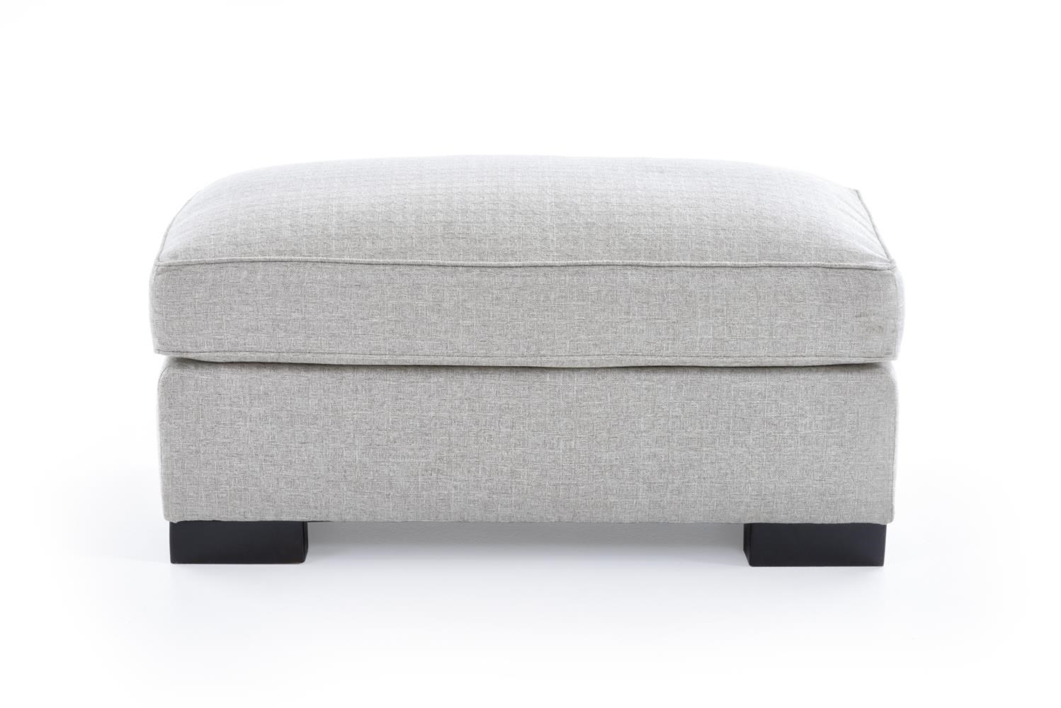 Broyhill Furniture Rocco Ottoman - Item Number: 4280-5 4697-92