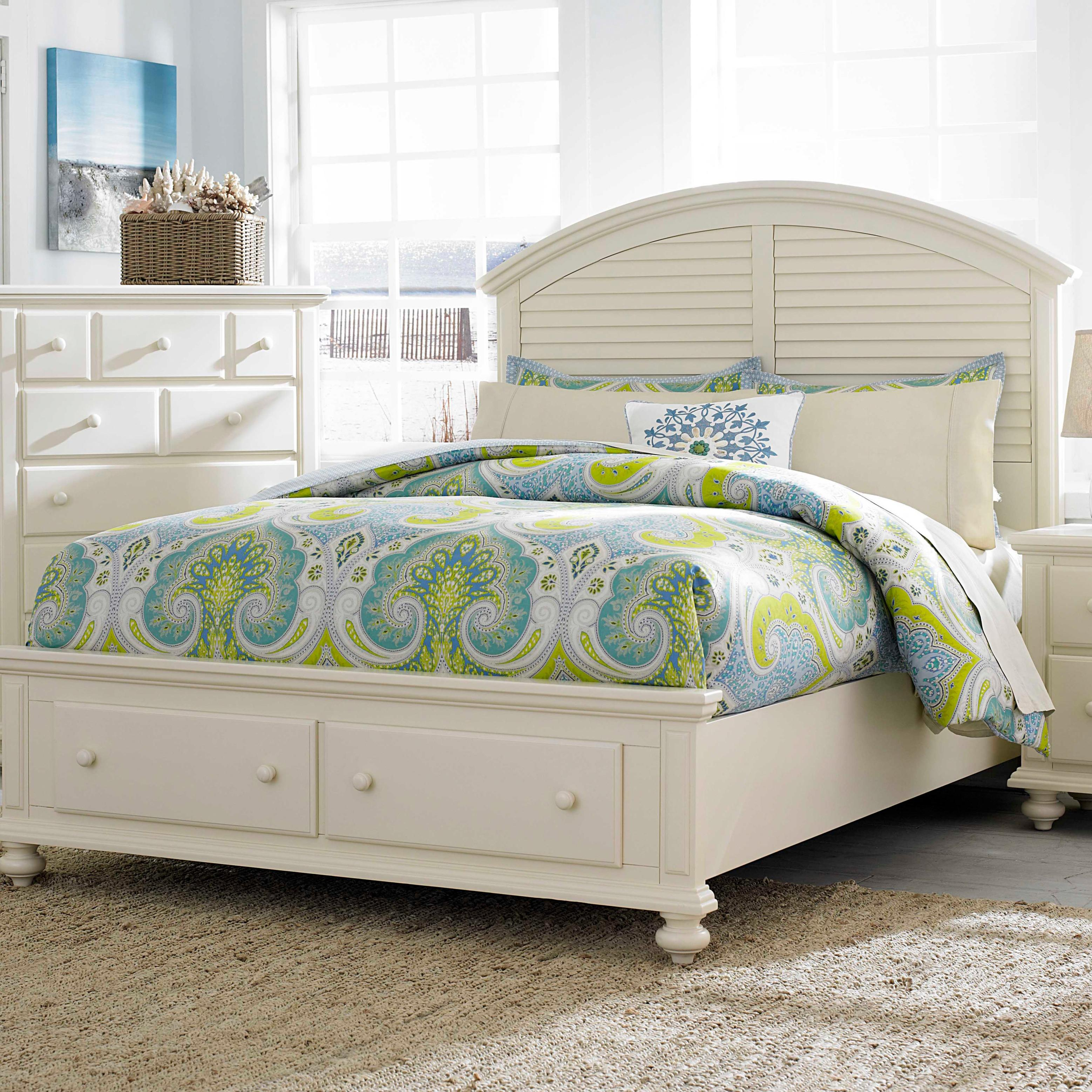 Broyhill Furniture Seabrooke Queen Panel Bed with Storage Footboard - Item Number: 4471-250+253+460