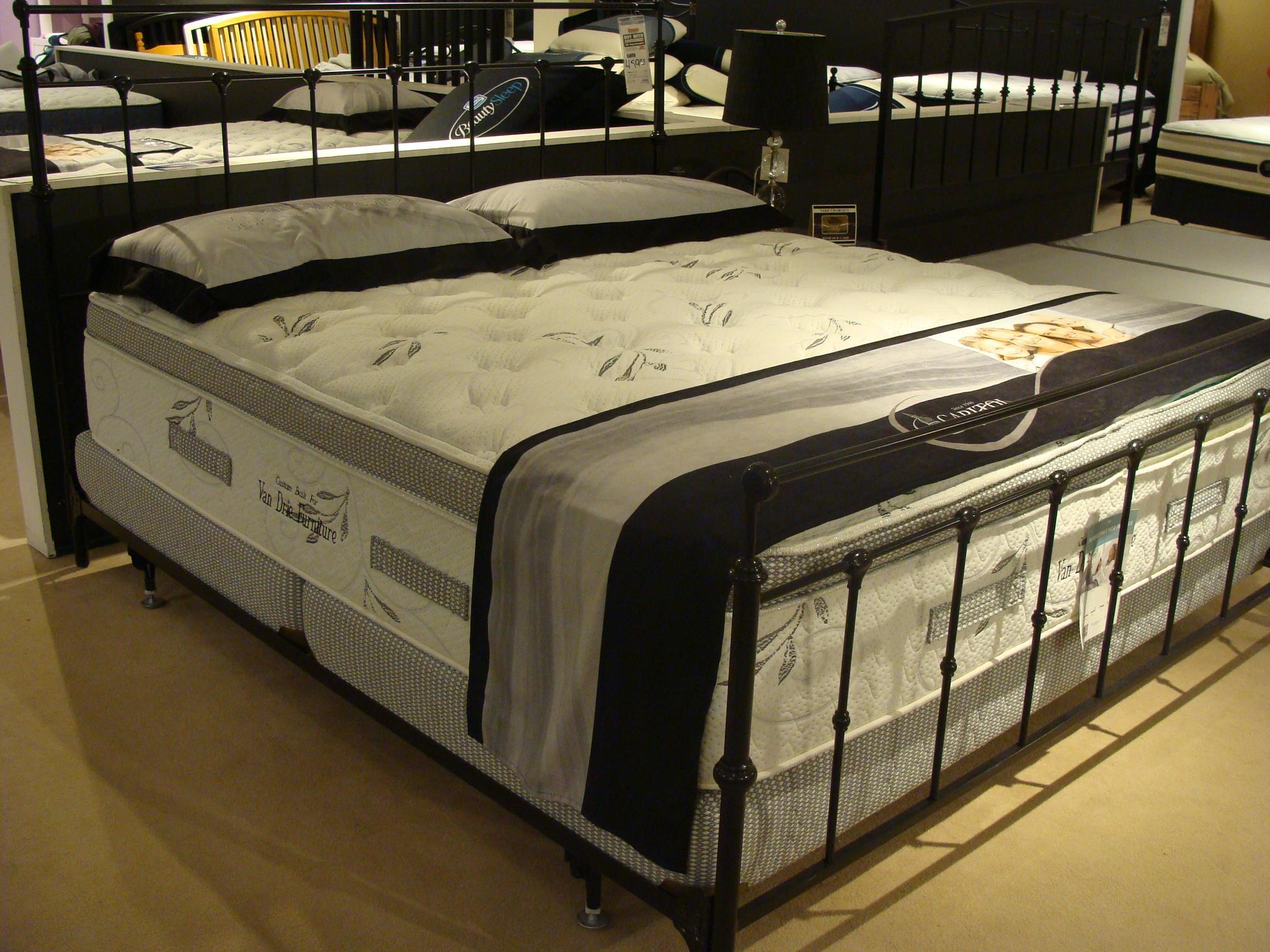 Capitol Bedding Opulence Twin Pillow Top Mattress Set - Item Number: PillowTop-T+HMI-T
