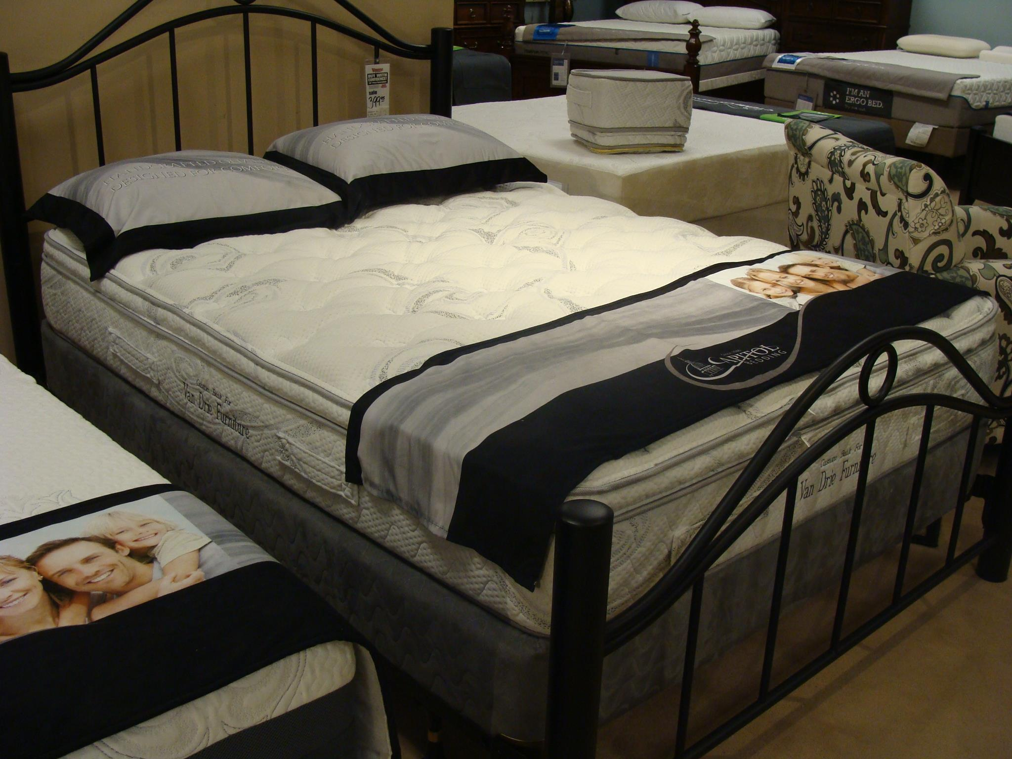 Queen Pillow Top Mattress Set