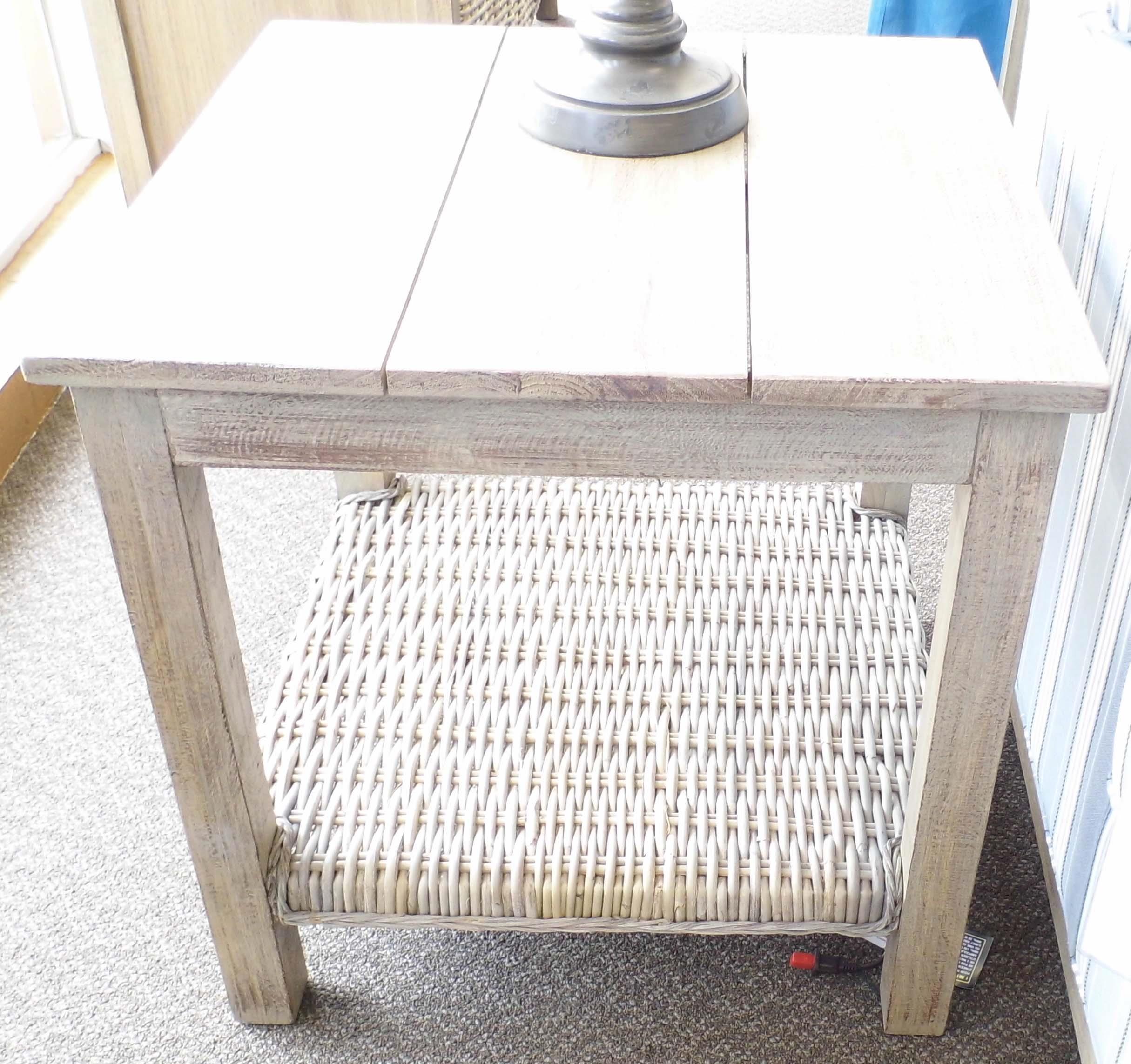 Capris Furniture 752 Lamp Table - Item Number: LT752 End Table