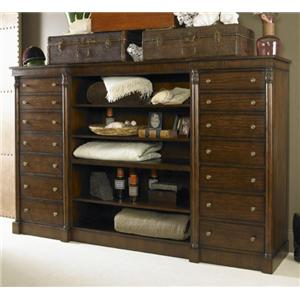 Century Chelsea Club Danvers Bachelor Chest