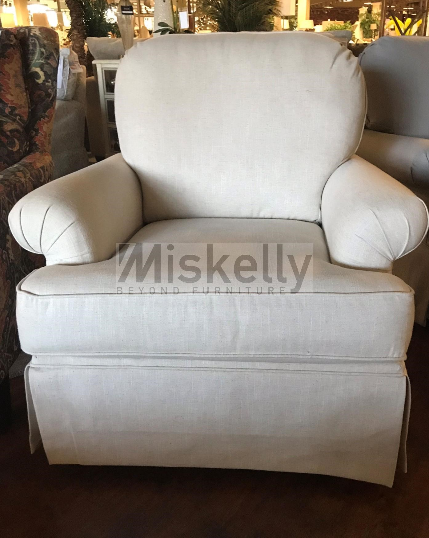 America Accent Chairs.Accent Chairs And Ottomans Swivel Glider With Skirted Base By Chairs America At Miskelly Furniture