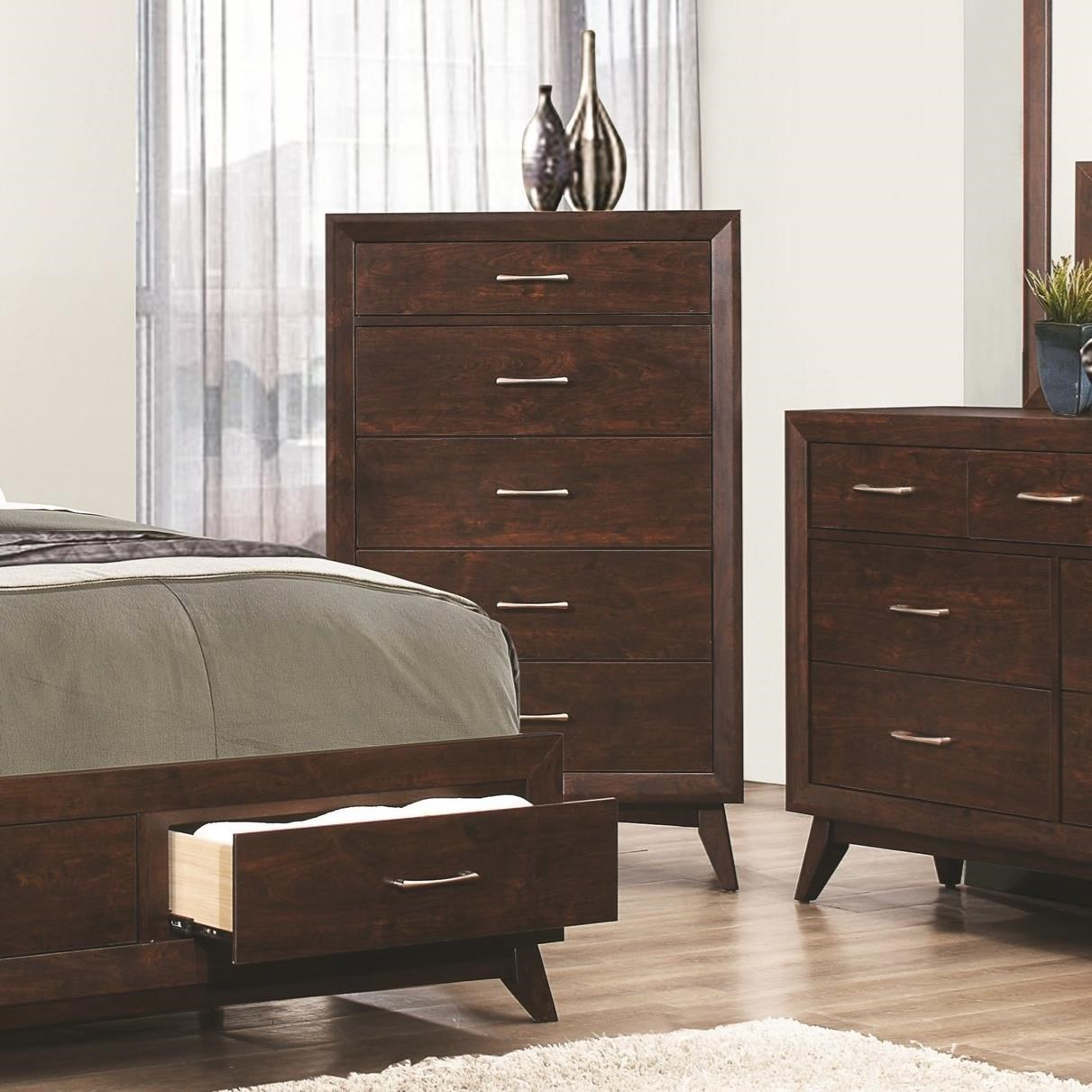 Coaster Carrington 5 Drawer Chest - Item Number: 205045