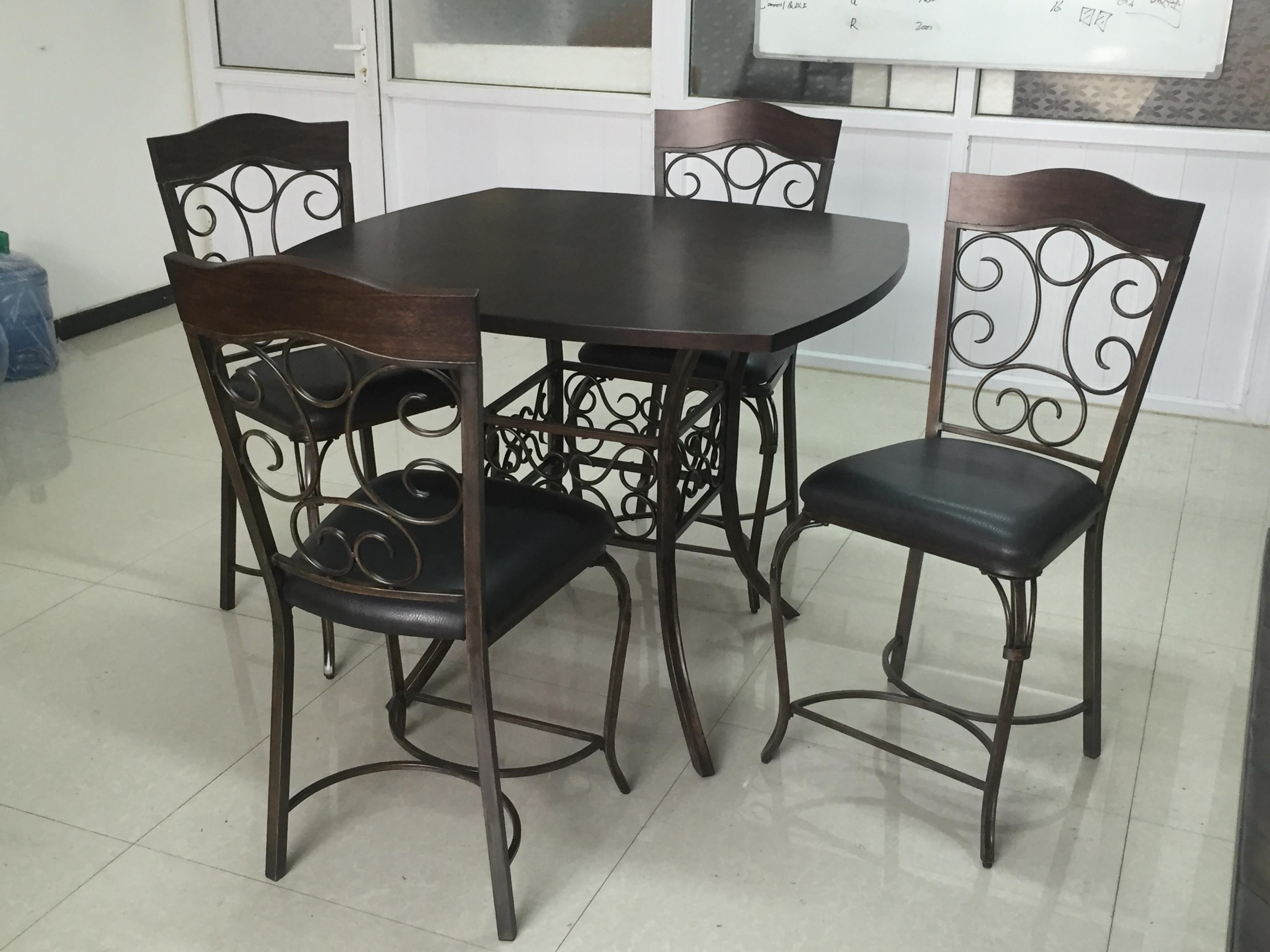D377 Genoa 5 Pce Counter Set by Largo at Stoney Creek Furniture