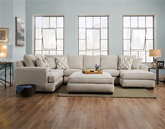Corinthian 32B0 Three Piece Sectional - Item Number: 32Bsectional