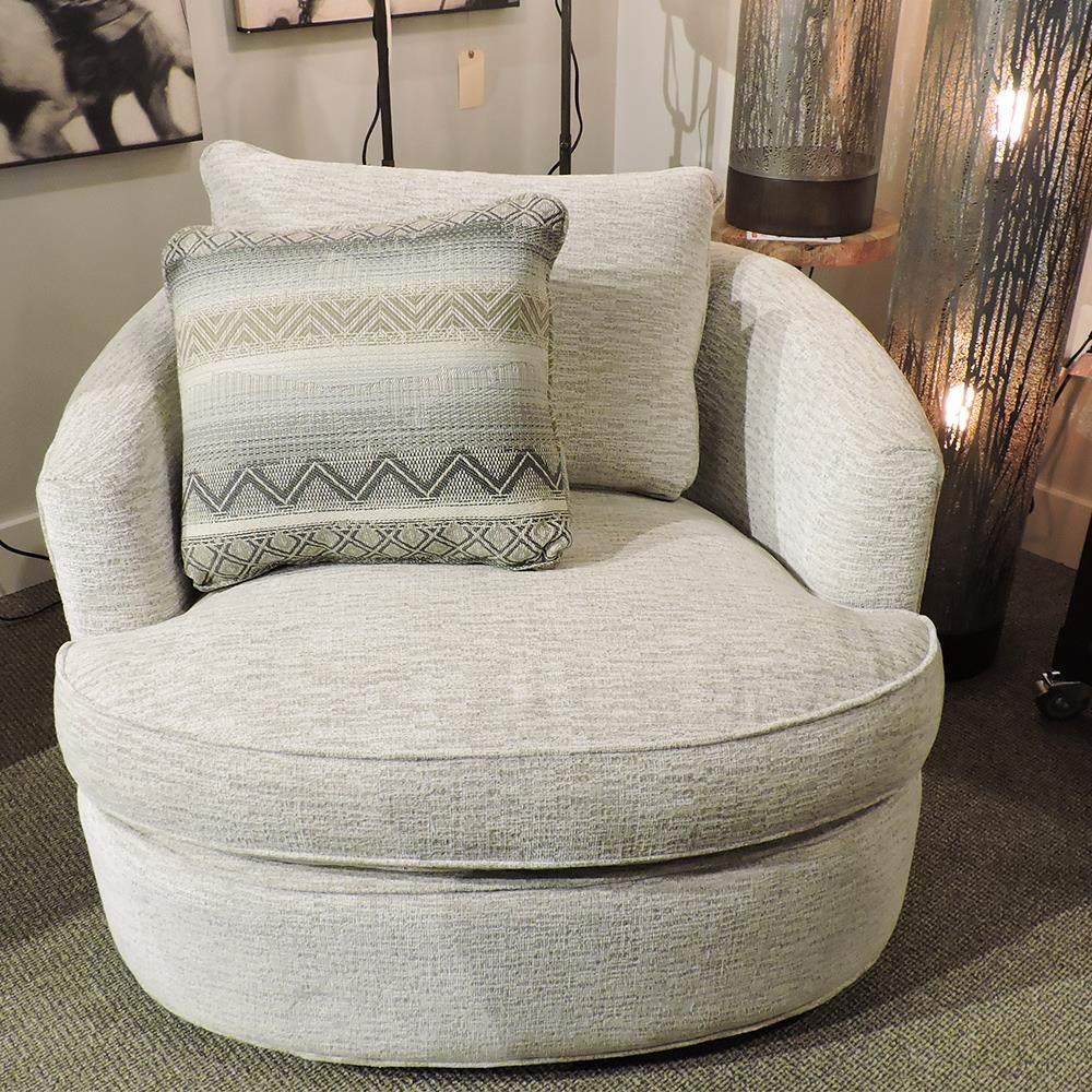 085710 Swivel Chair by Craftmaster at Belfort Furniture