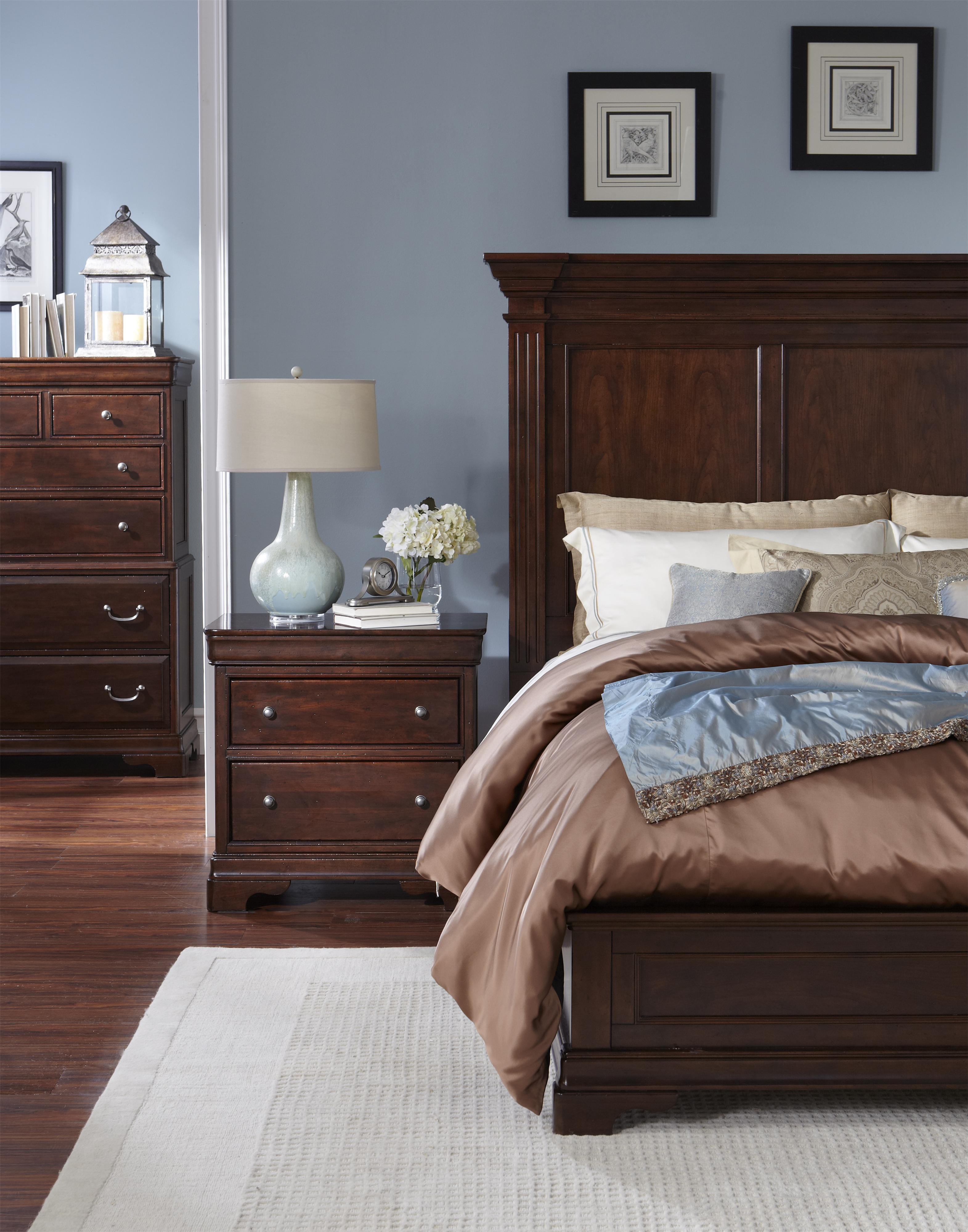 Cresent Fine Furniture Provence Queen Panel Bed W/ Low