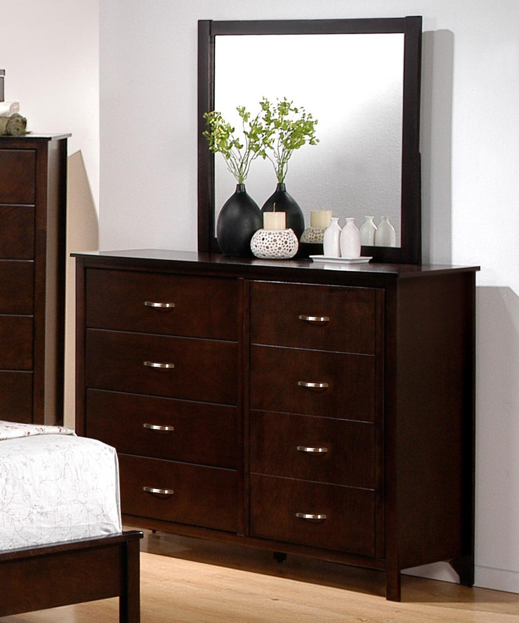 Crown Mark Ian Dresser and Mirror Combination - Item Number: B7300-1+11
