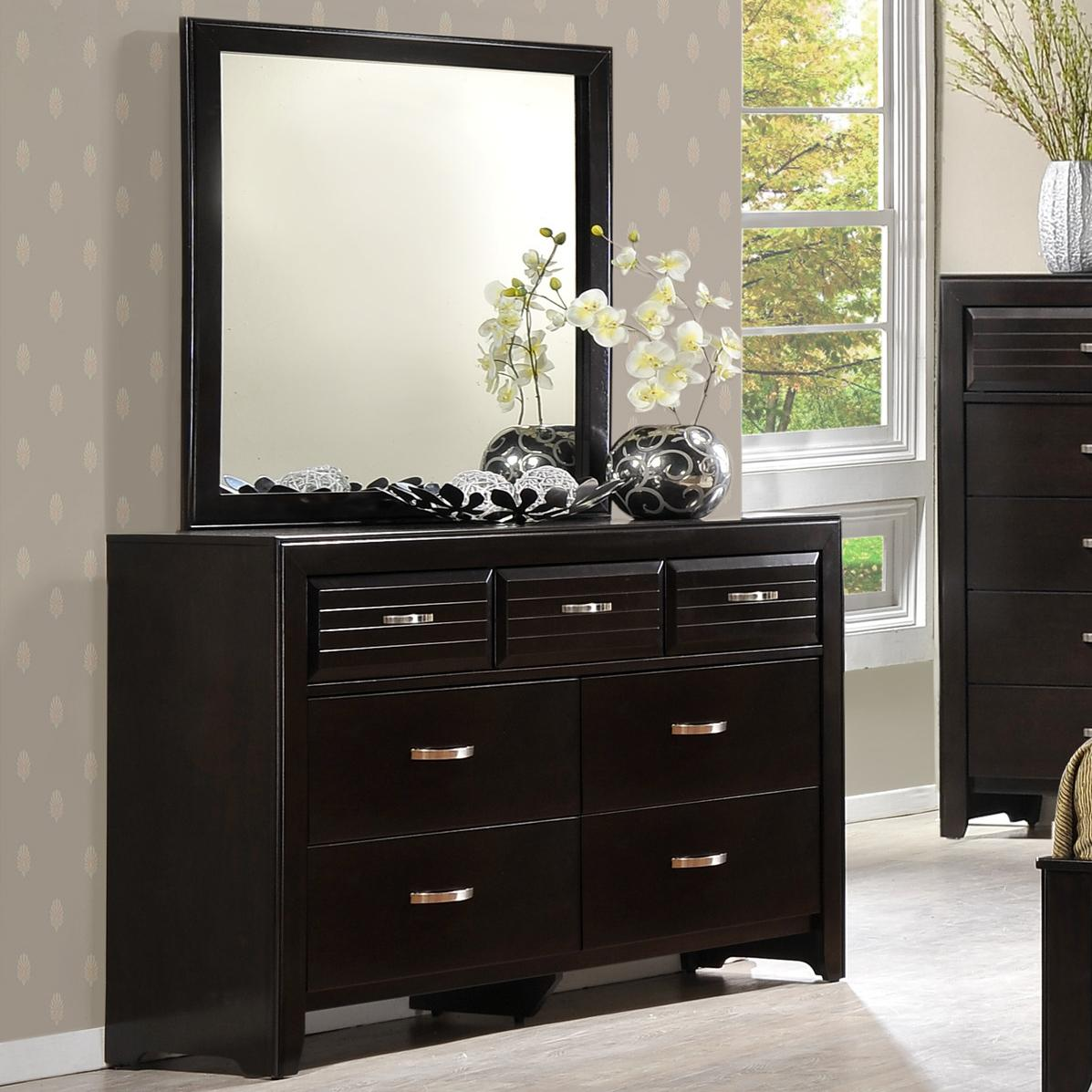 Crown Mark Jocelyn Dresser & Mirror - Item Number: B7401-1+11