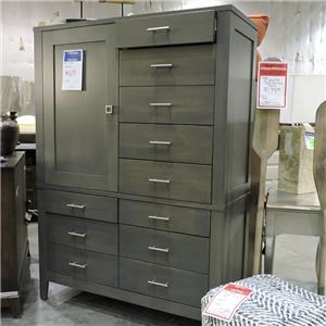 Daniel's Amish Clearance Armoire