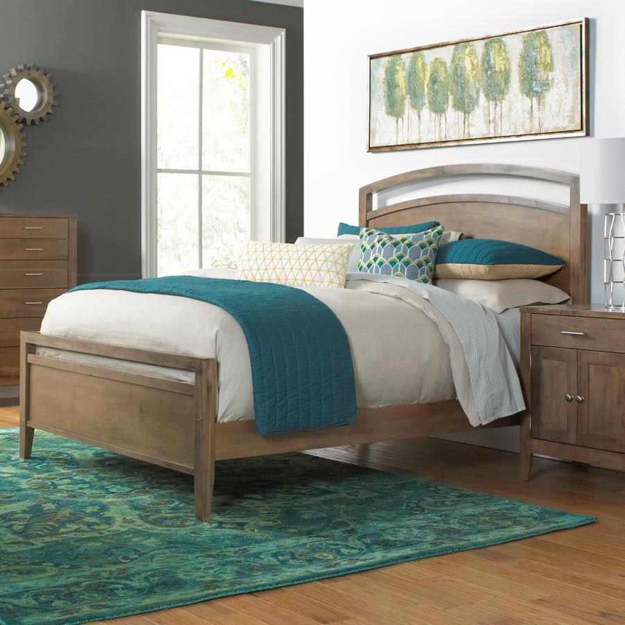 Daniel's Amish Nouveau King Bed - Item Number: Nouveau-KING