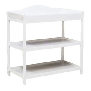 DaVinci Parker Three-Shelf Changing Table