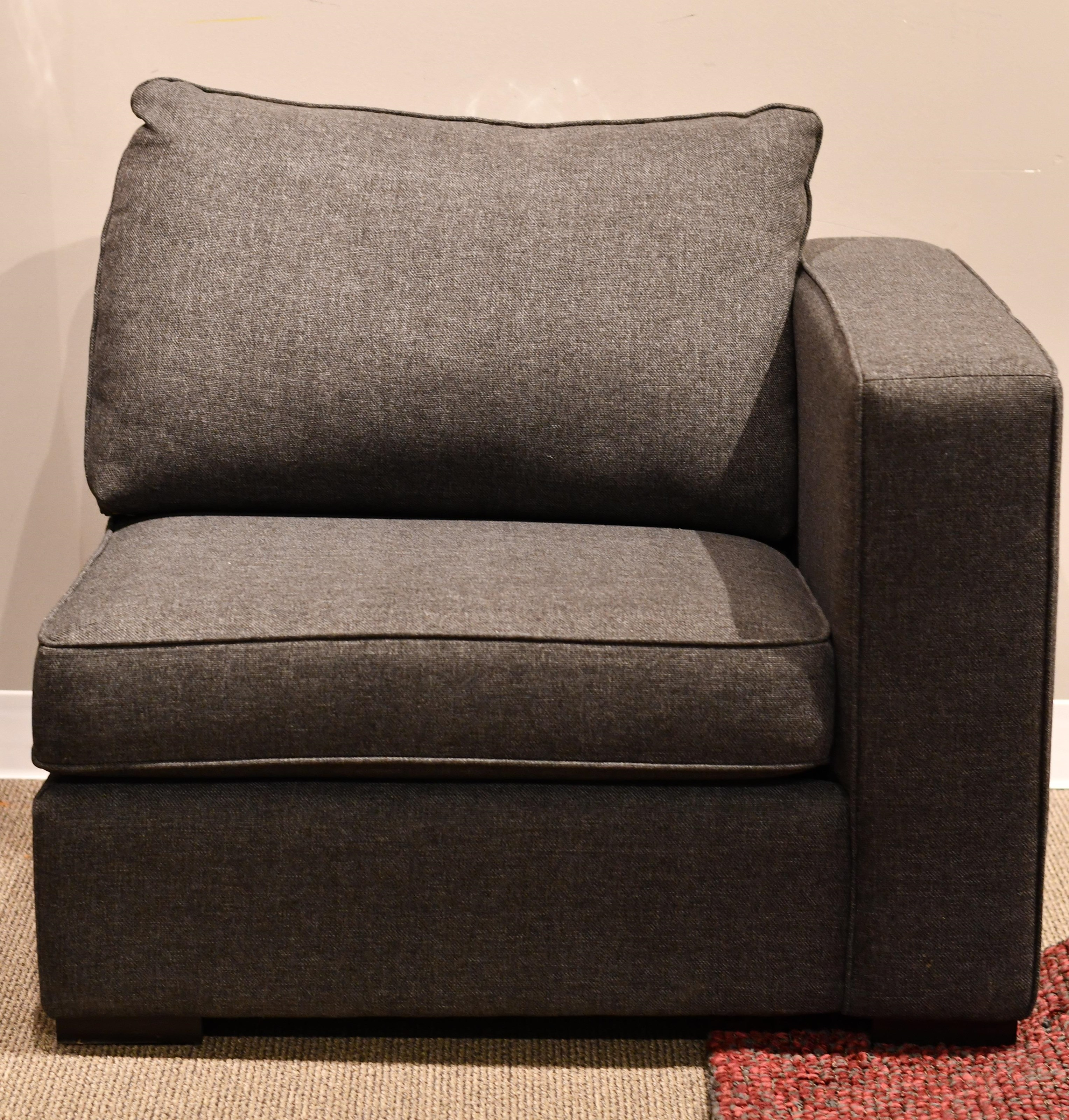 Braden RHF Chair by Taelor Designs at Bennett's Furniture and Mattresses