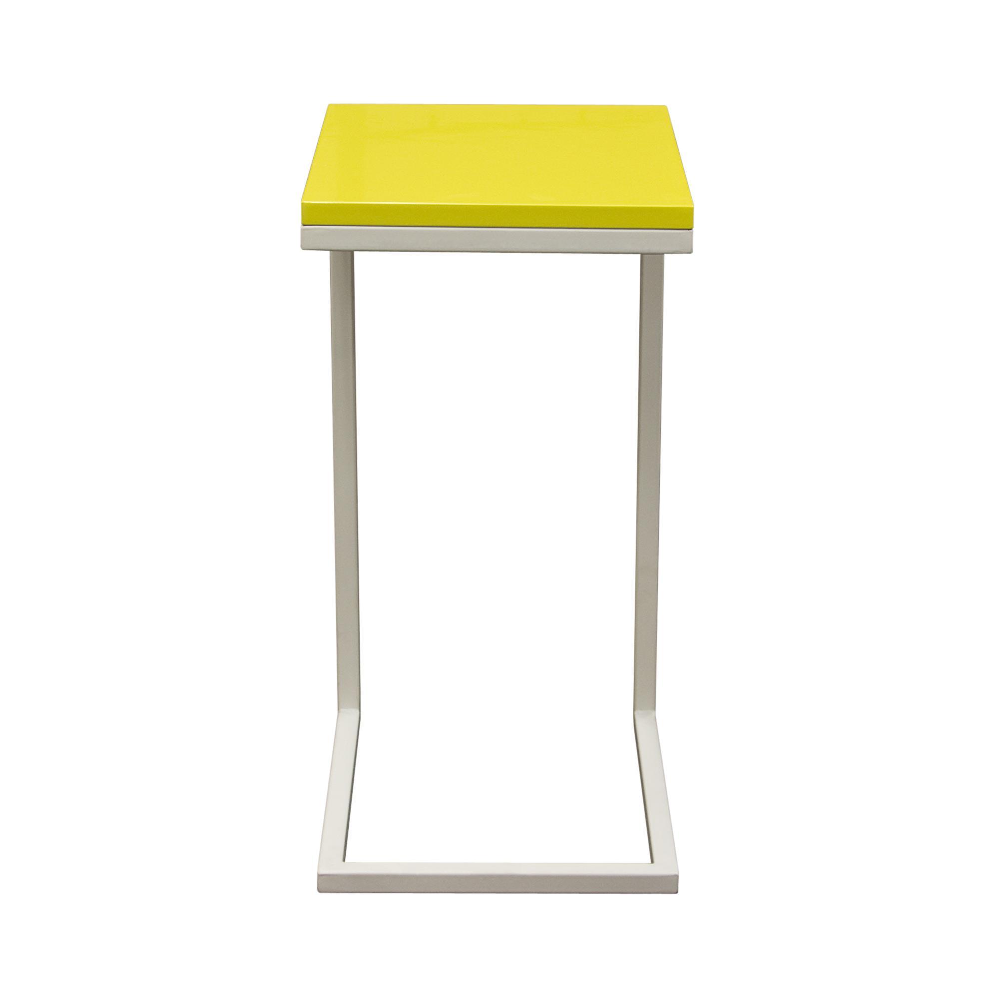 Diamond Sofa Occasional Tables & Entertainment Sleek Metal Frame Accent Table - Item Number: EDGESTYL