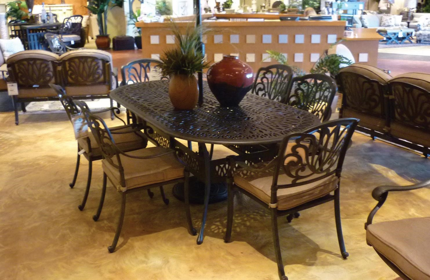 Lillian Outdoor Dining Set