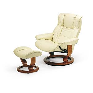 Stressless by Ekornes Stressless Recliners Mayfair Large Recliner and Ottoman