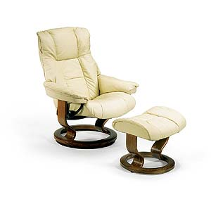 Stressless by Ekornes Stressless Recliners Mayfair Small Recliner and Ottoman