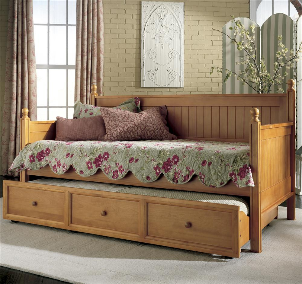 Great Fashion Bed Group Daybeds Casey II Daybed W/ Trundle   AHFA   Daybed Dealer  Locator