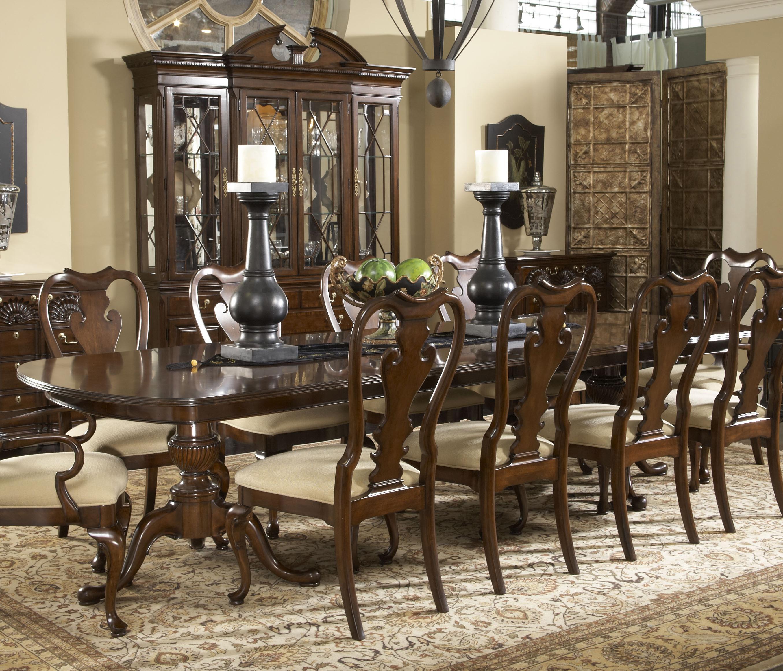 Fredericksburg Dining Table